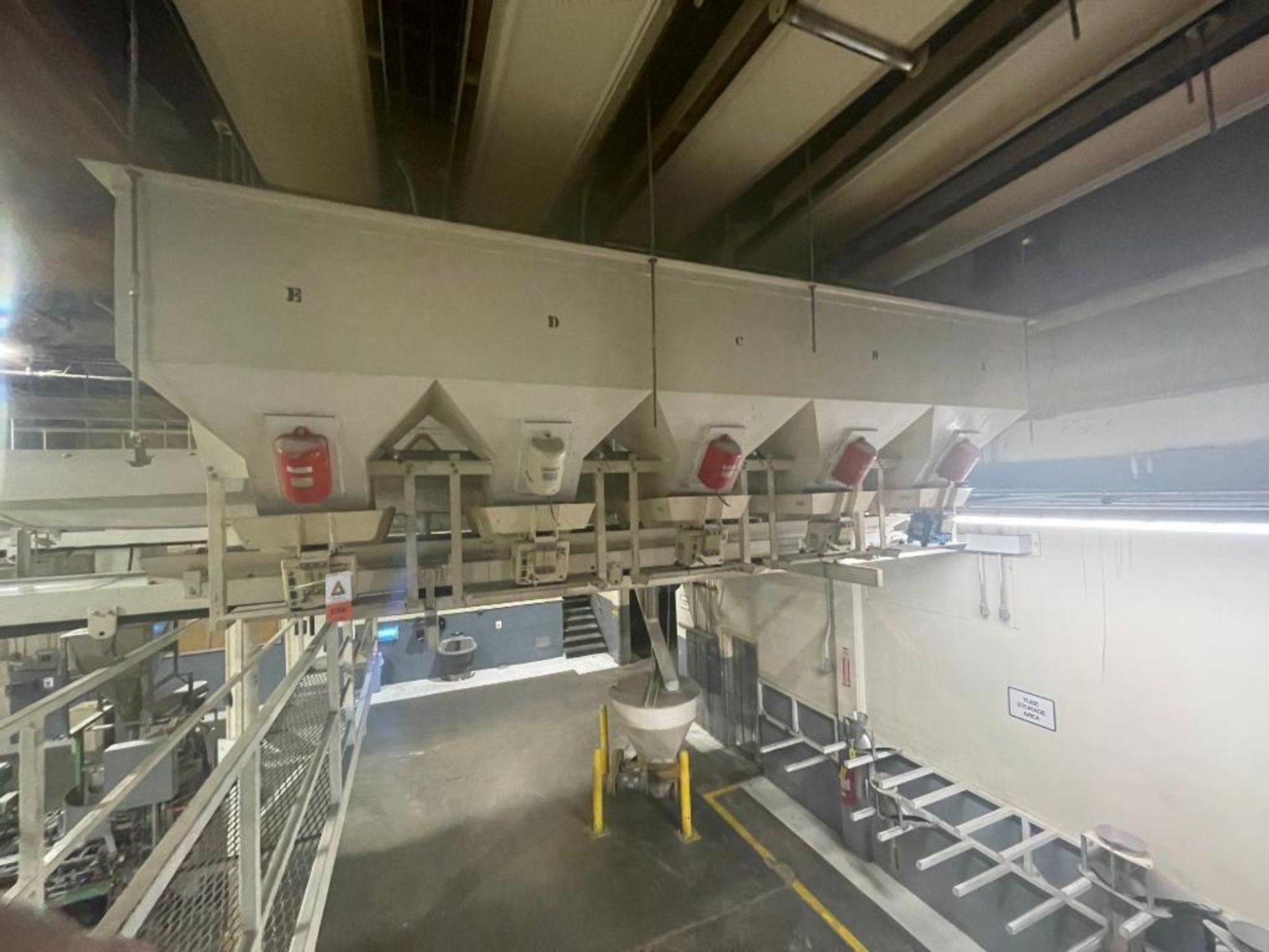 Aseeco 5-bin blending system with 5 Syntron vibratory feeders on bottom - Image 12 of 12
