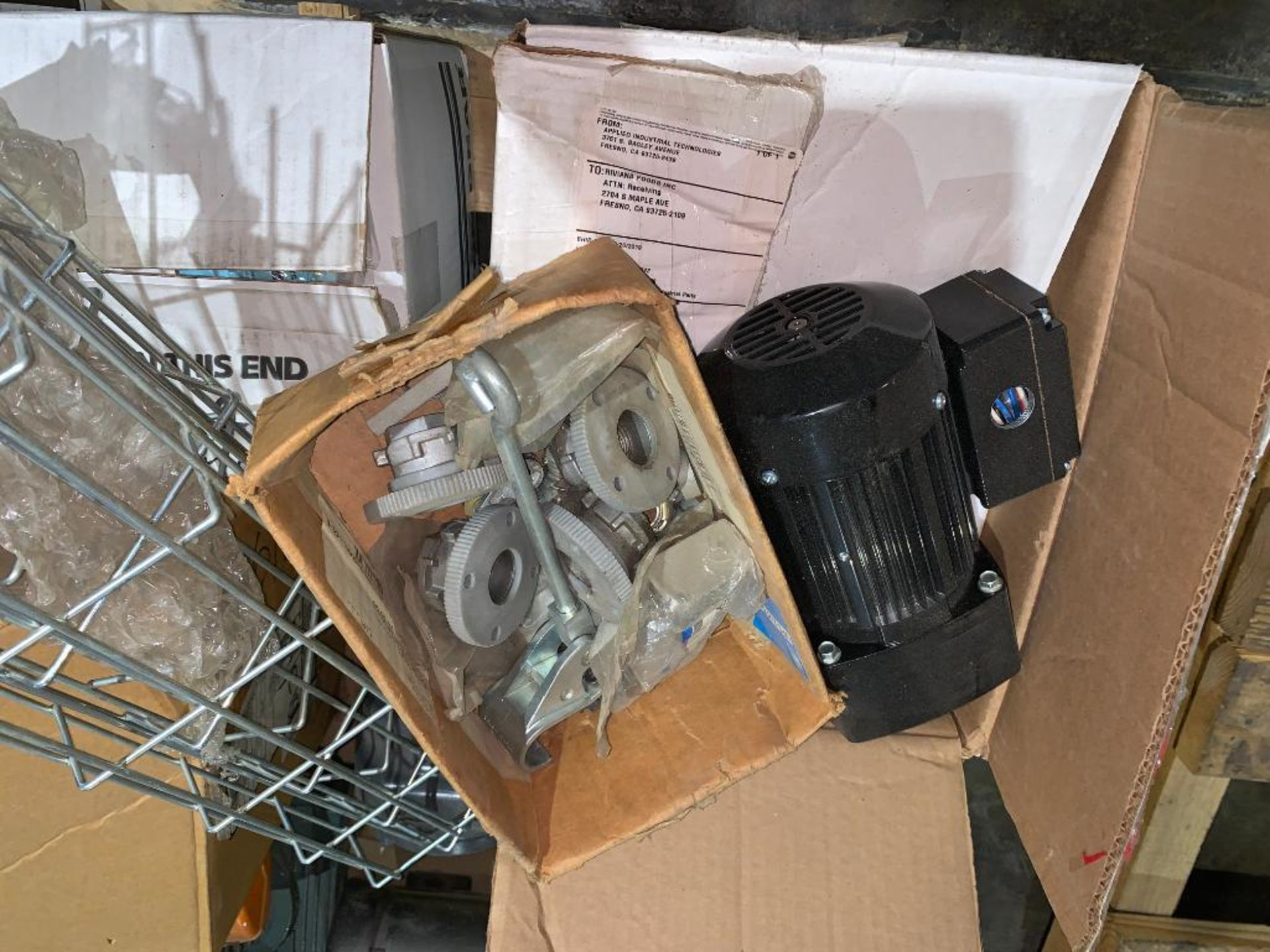 pallet of used motors and drives - Image 5 of 13