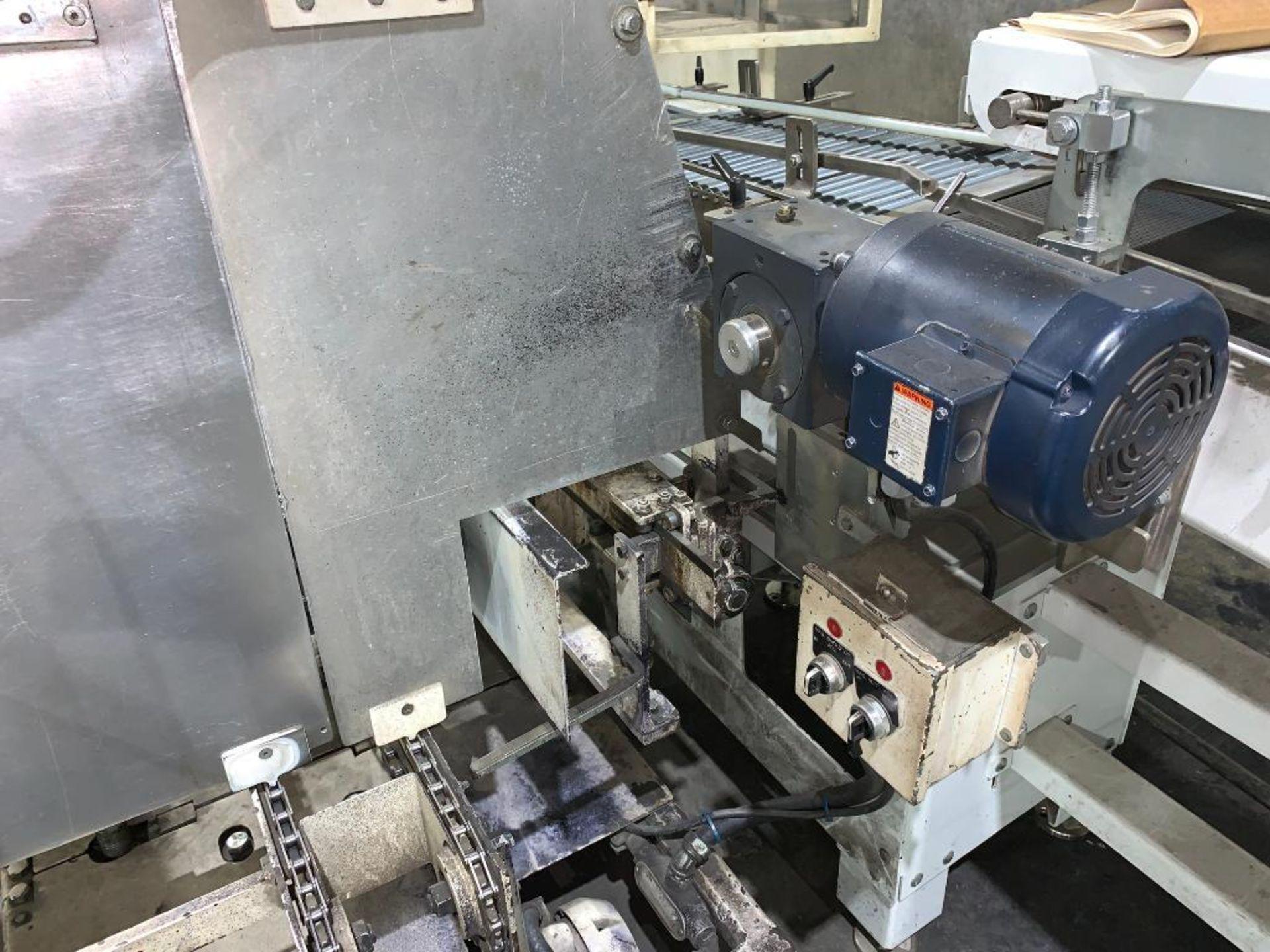 Salwasser case erector and case packer, model L41 - Image 2 of 45
