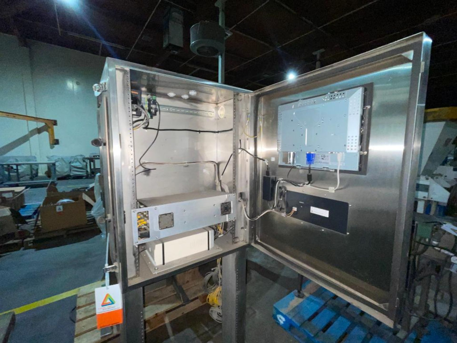 stainless steel pedestal control panel - Image 8 of 20