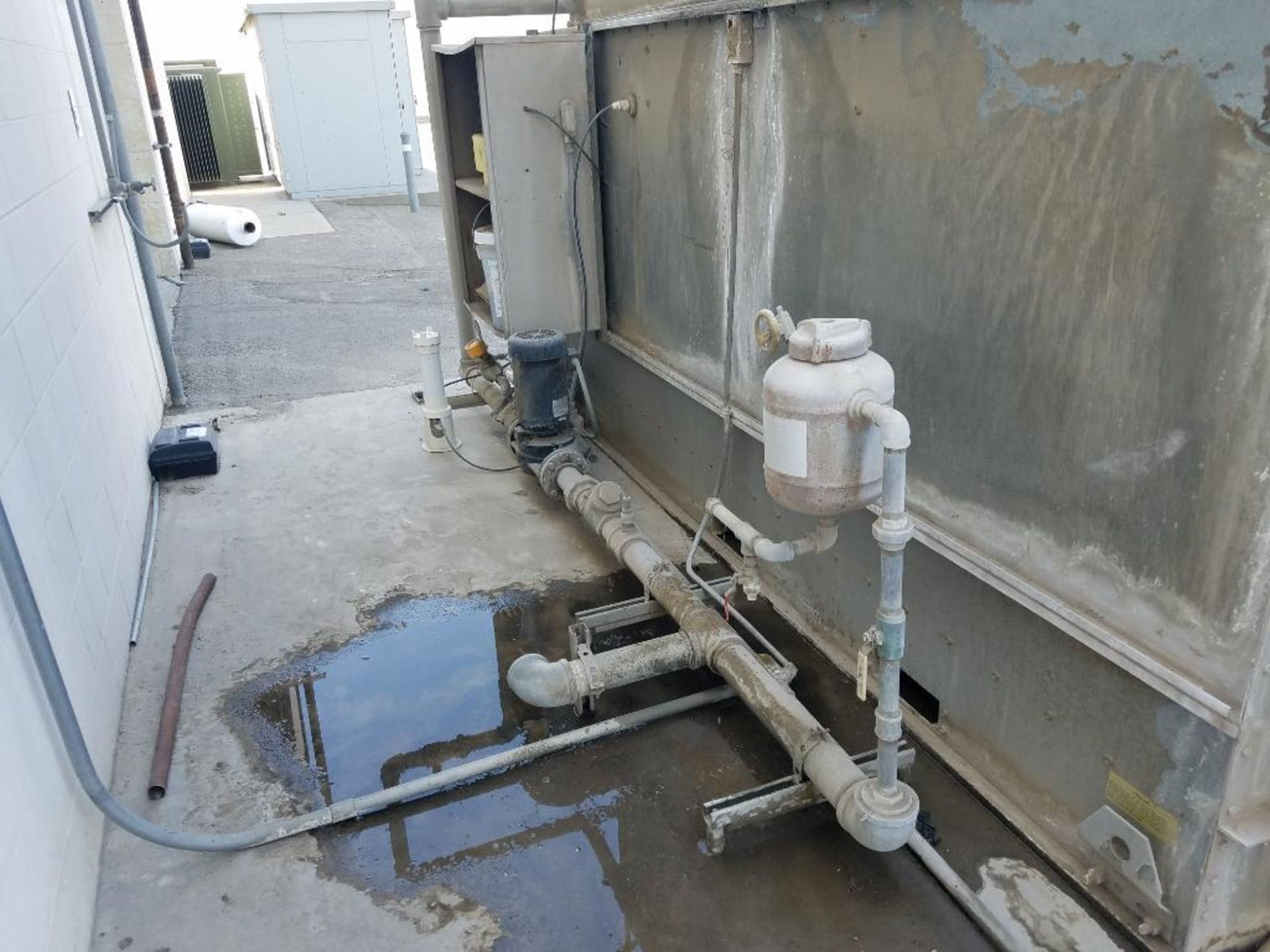 BAC falling film water chiller - Image 8 of 8