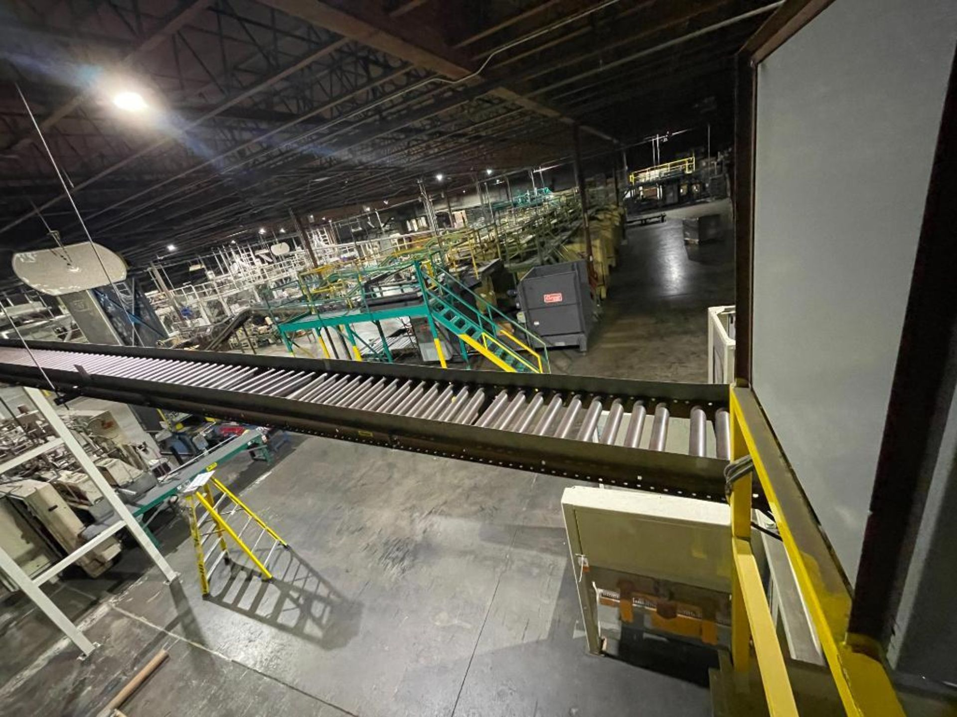 skate and roller gravity conveyor - Image 7 of 12