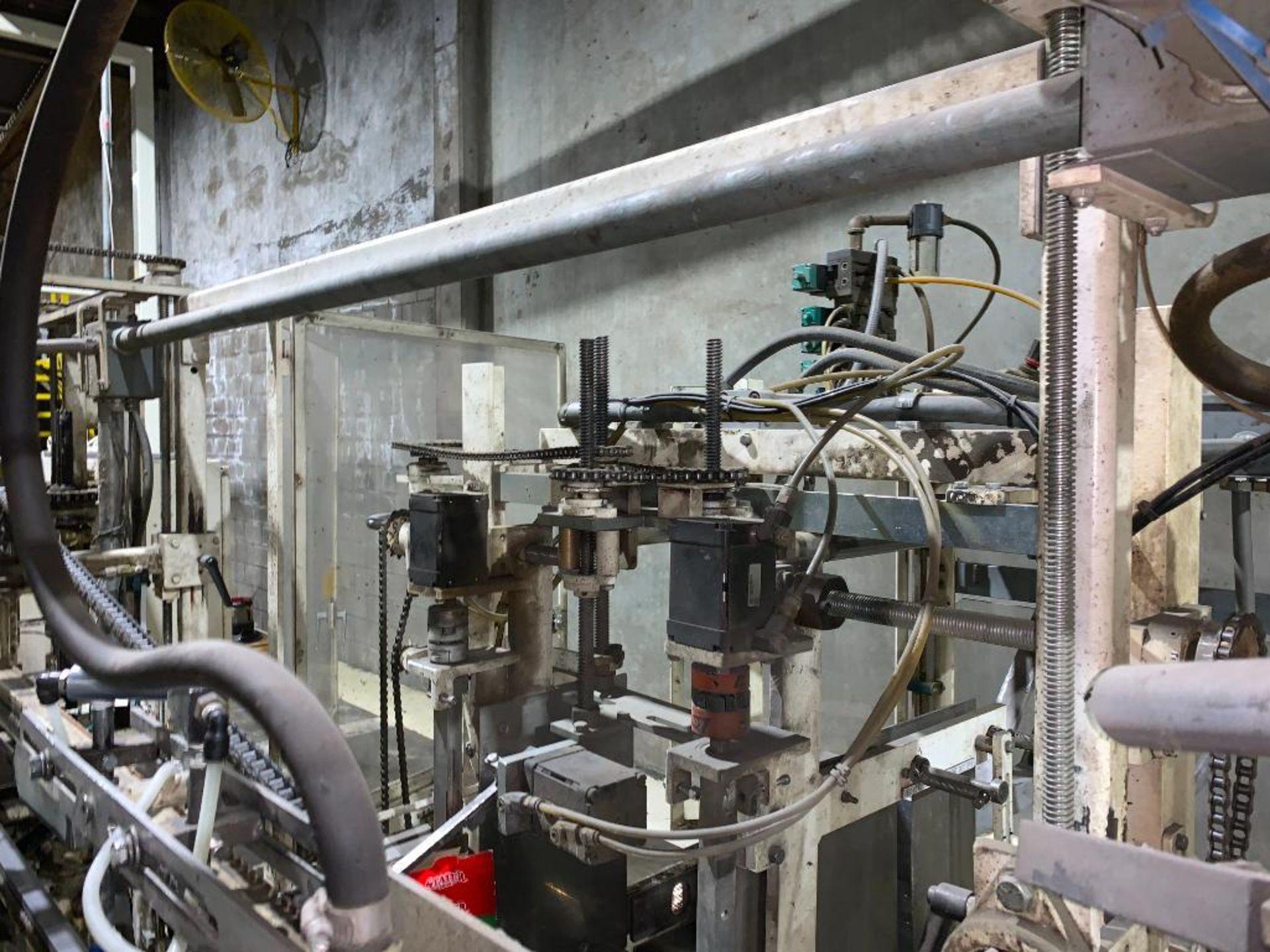Salwasser case erector and case packer, model L41 - Image 12 of 45
