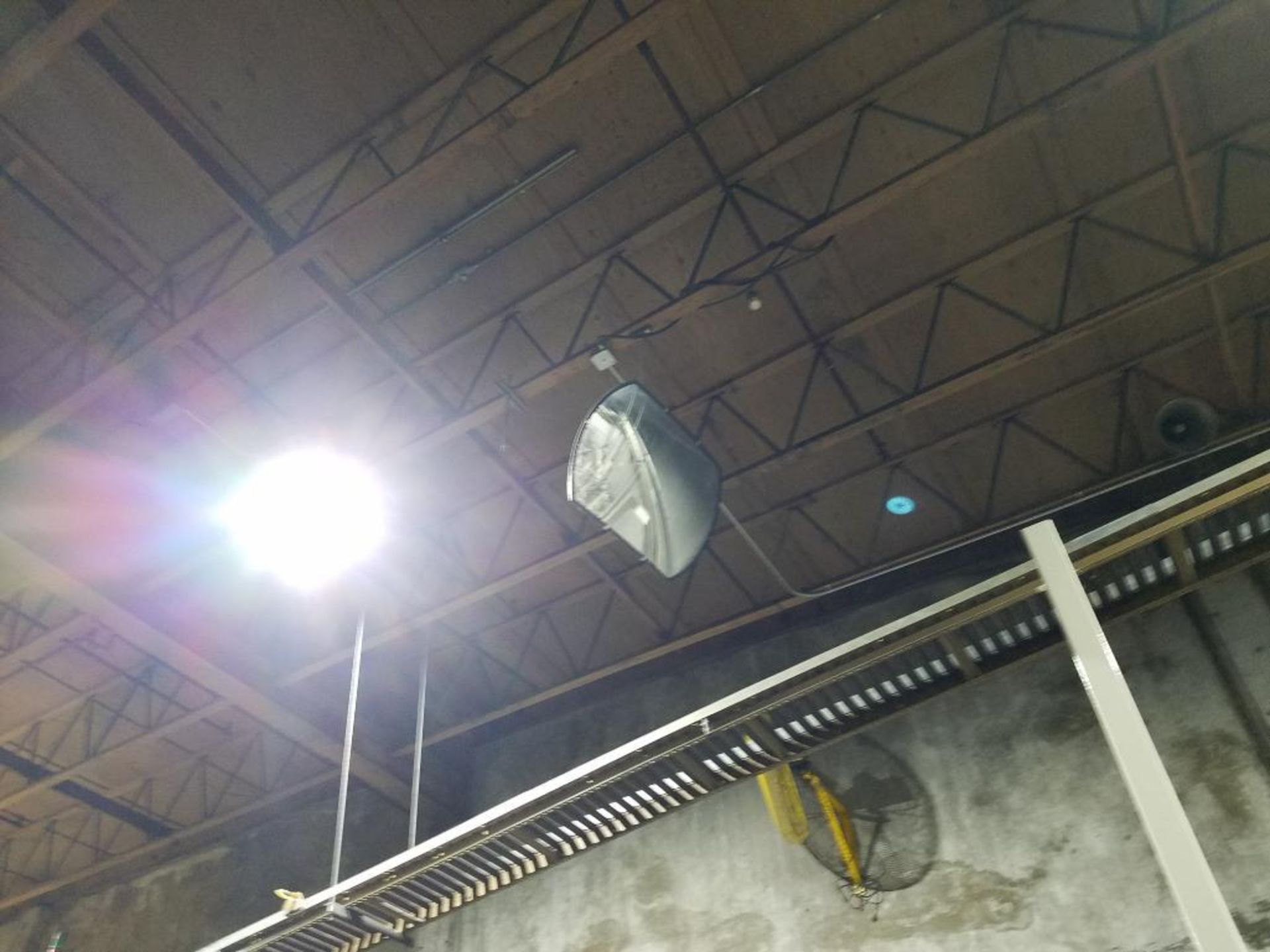 ceiling mounted safety mirrors - Image 4 of 4