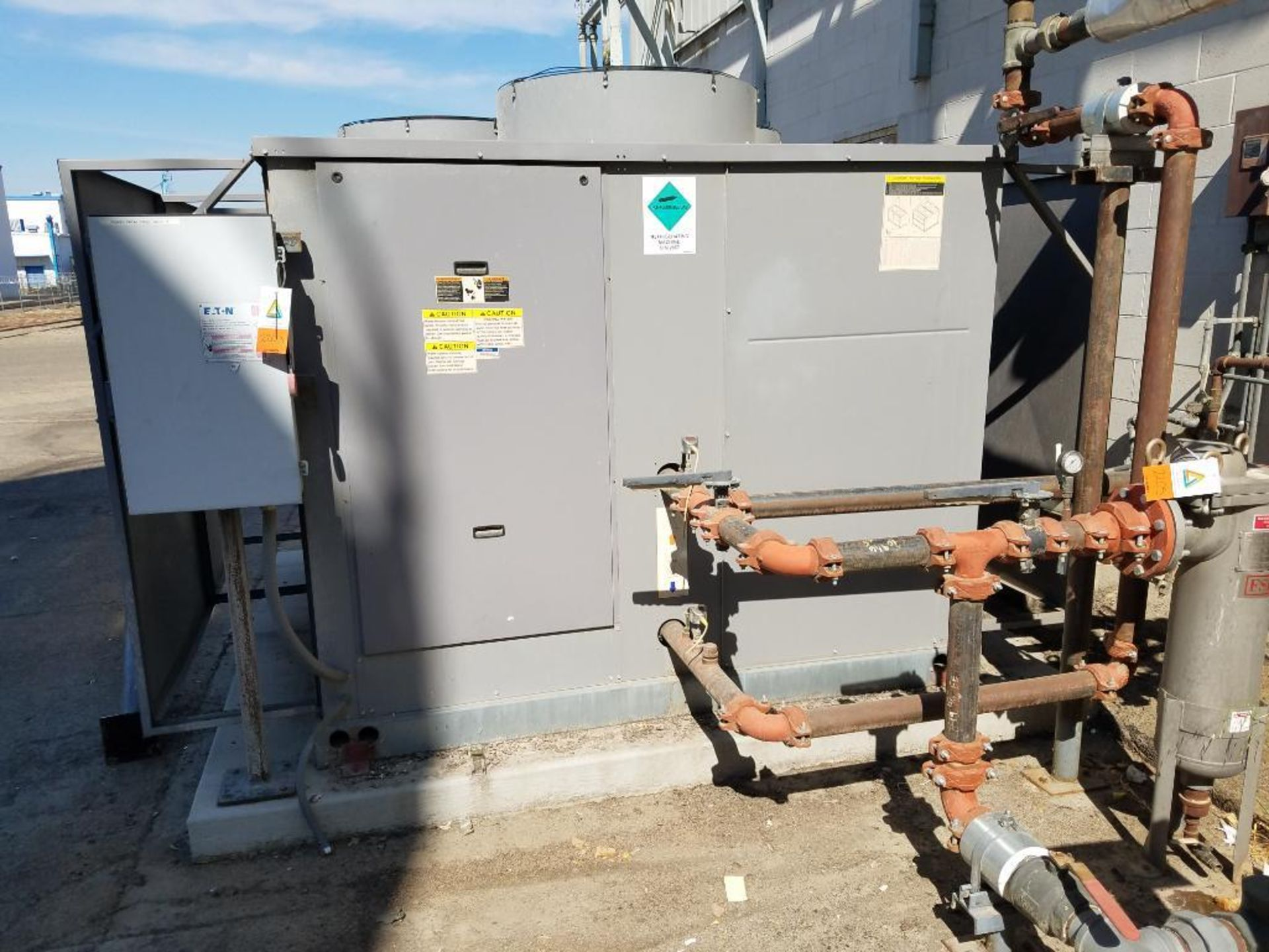 Carrier water chiller - Image 4 of 6