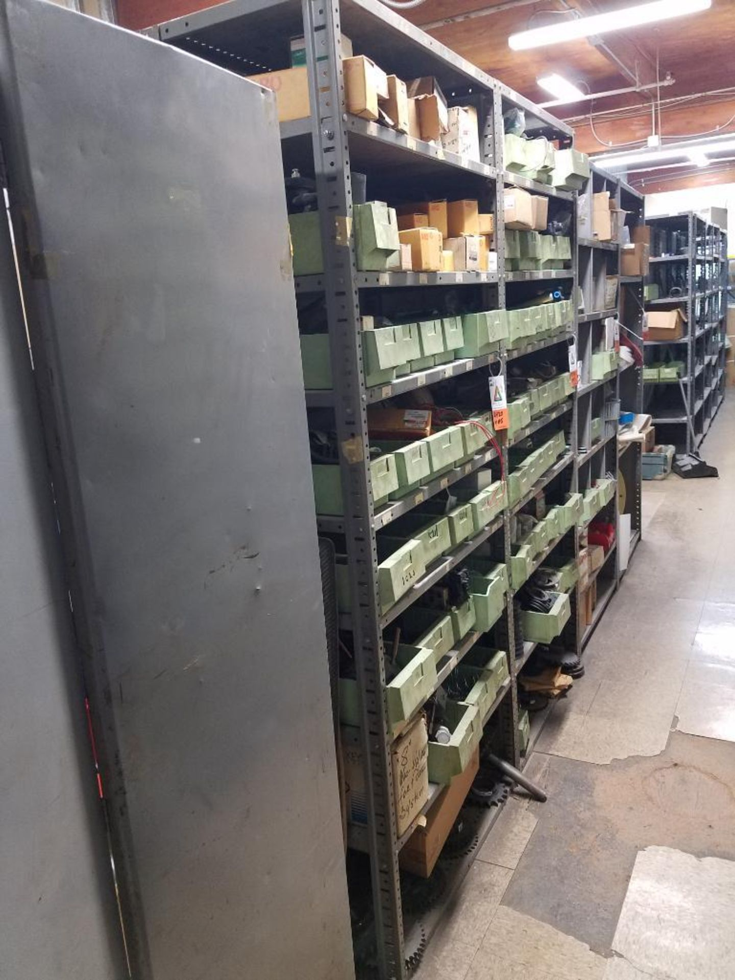 various replacement parts, conveyor belts, electrical components, gears and gauges - Image 2 of 21