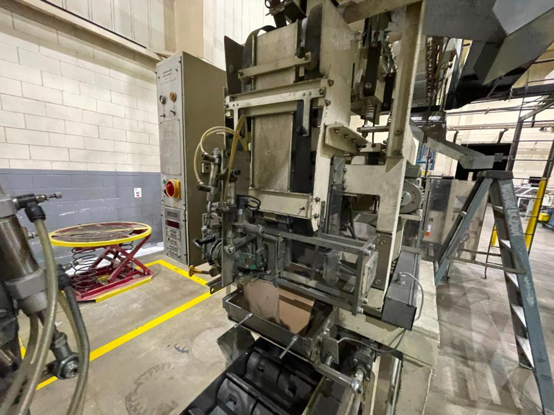 Hayes Machine Co. long goods cartoner, model 51BB - Image 36 of 64