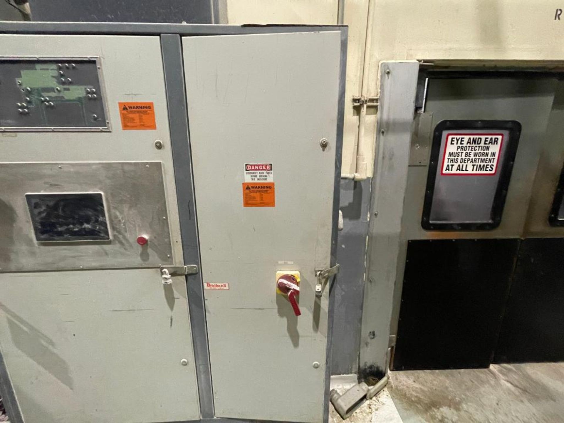 3-door cabinet with PLC and VFD's - Image 18 of 20