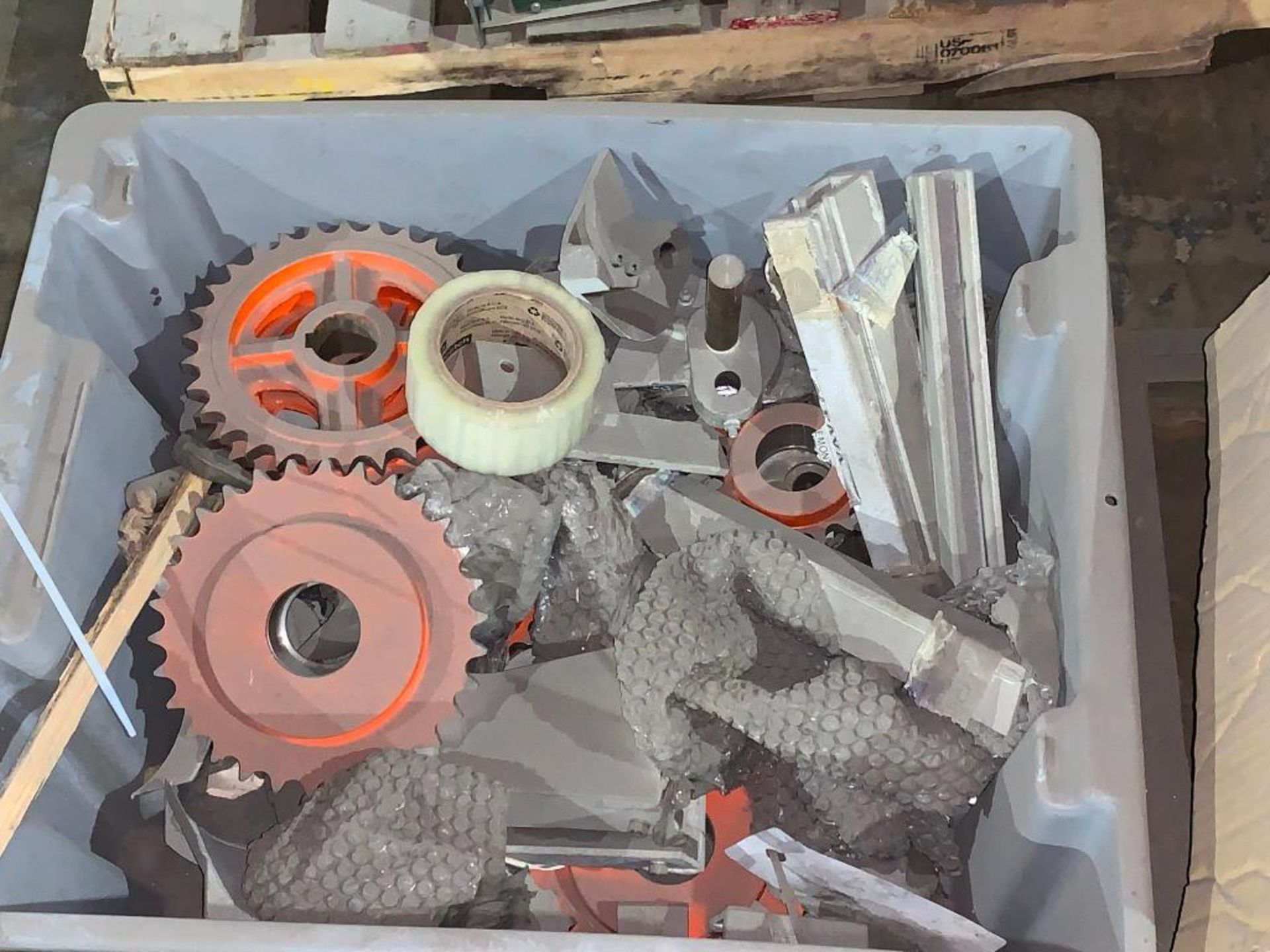 (3) pallets of miscellaneous parts - Image 9 of 12