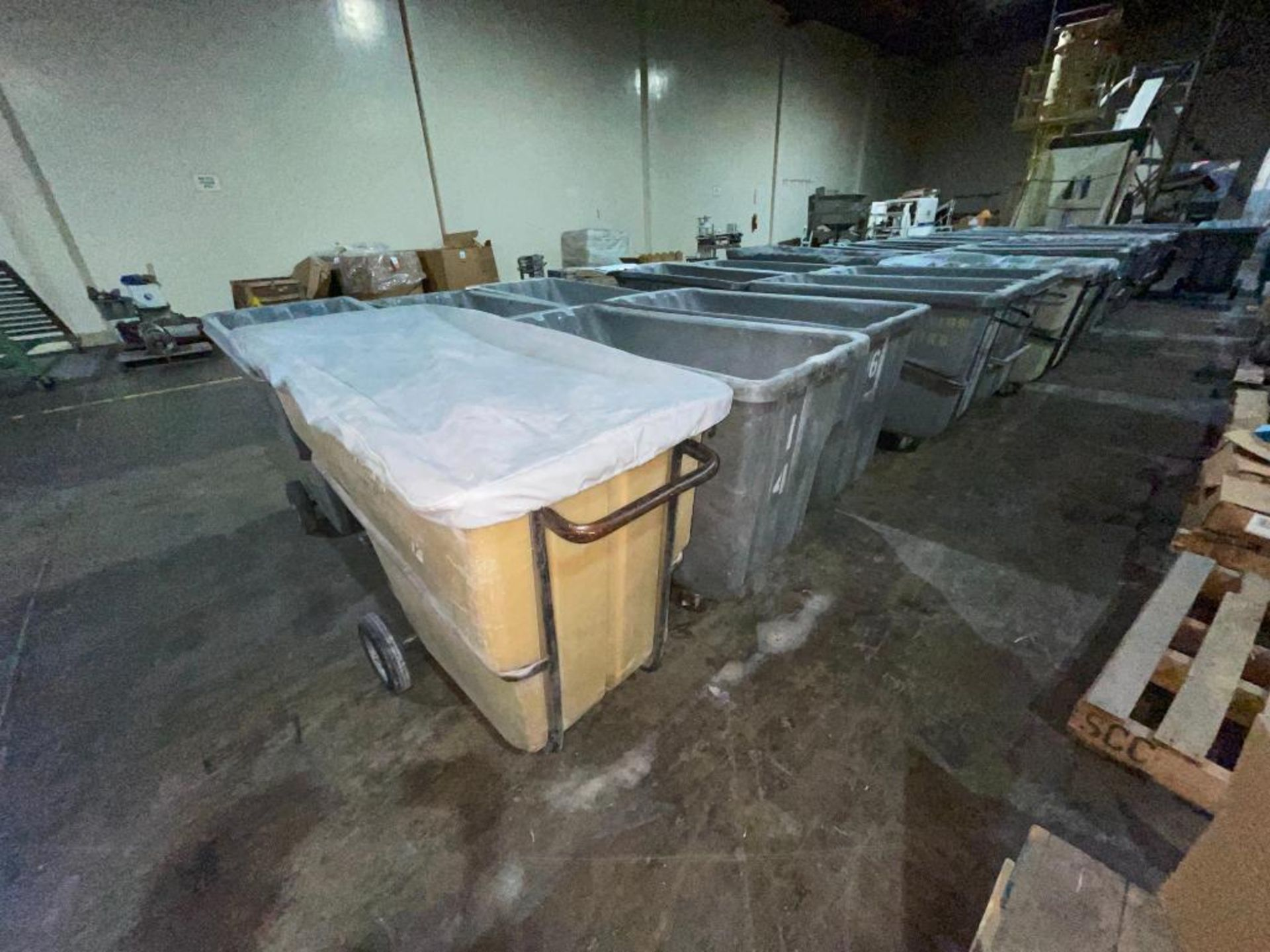 (6) Rubbermaid rolling dump carts - Image 5 of 6
