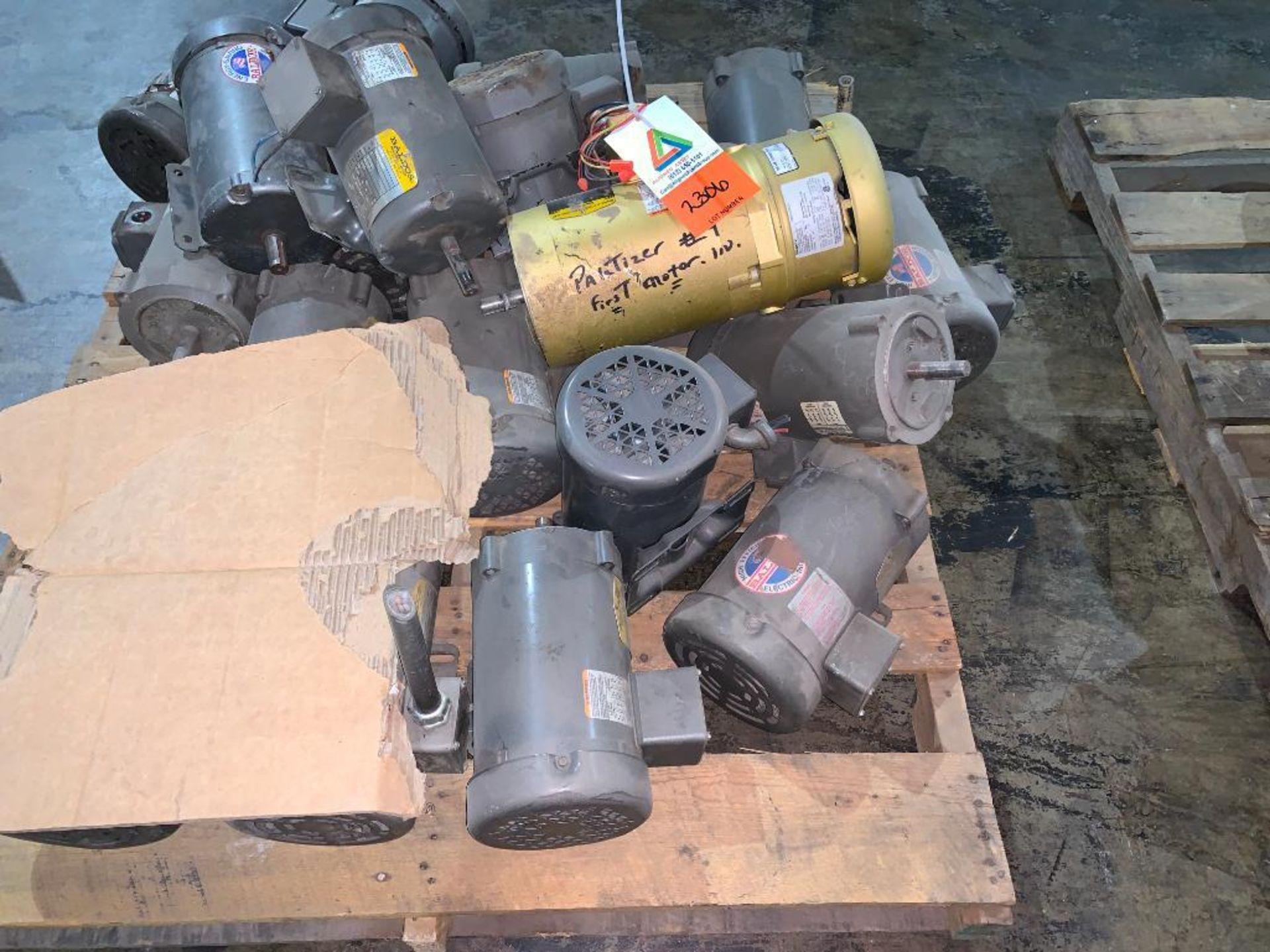 pallet of various used motors - Image 4 of 4