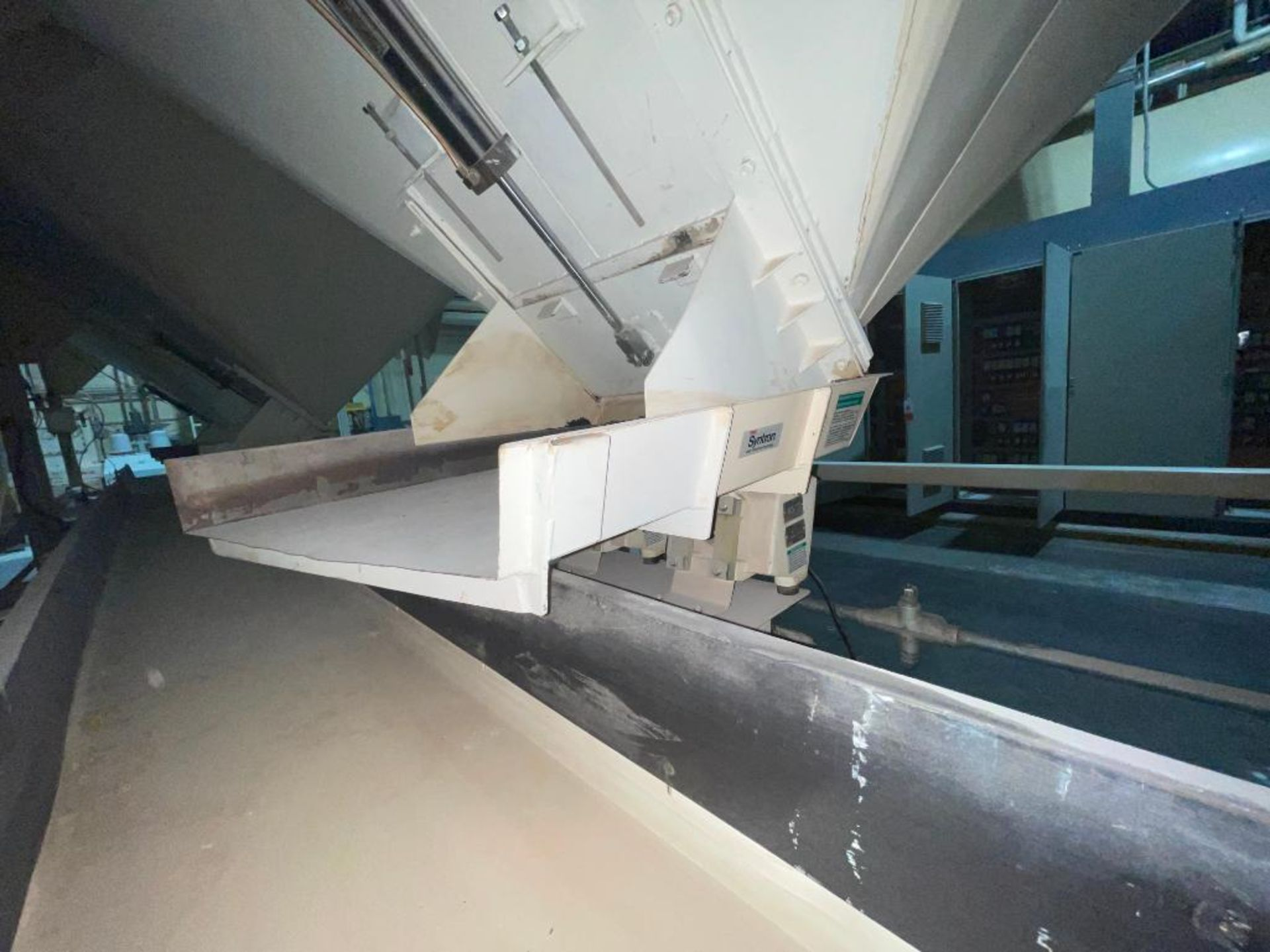 Aseeco mild steel cone bottom bulk storage bin - Image 23 of 28