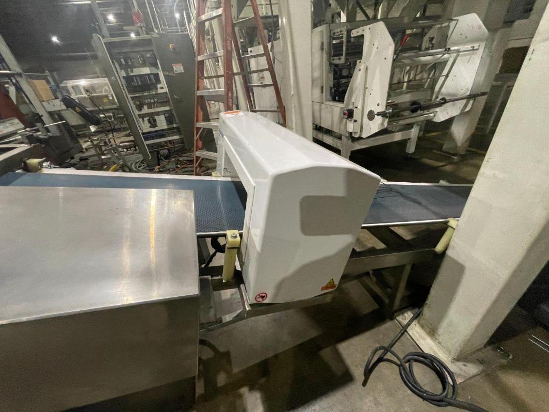 Mettler Toledo metal detector, model V4-1 - Image 11 of 14