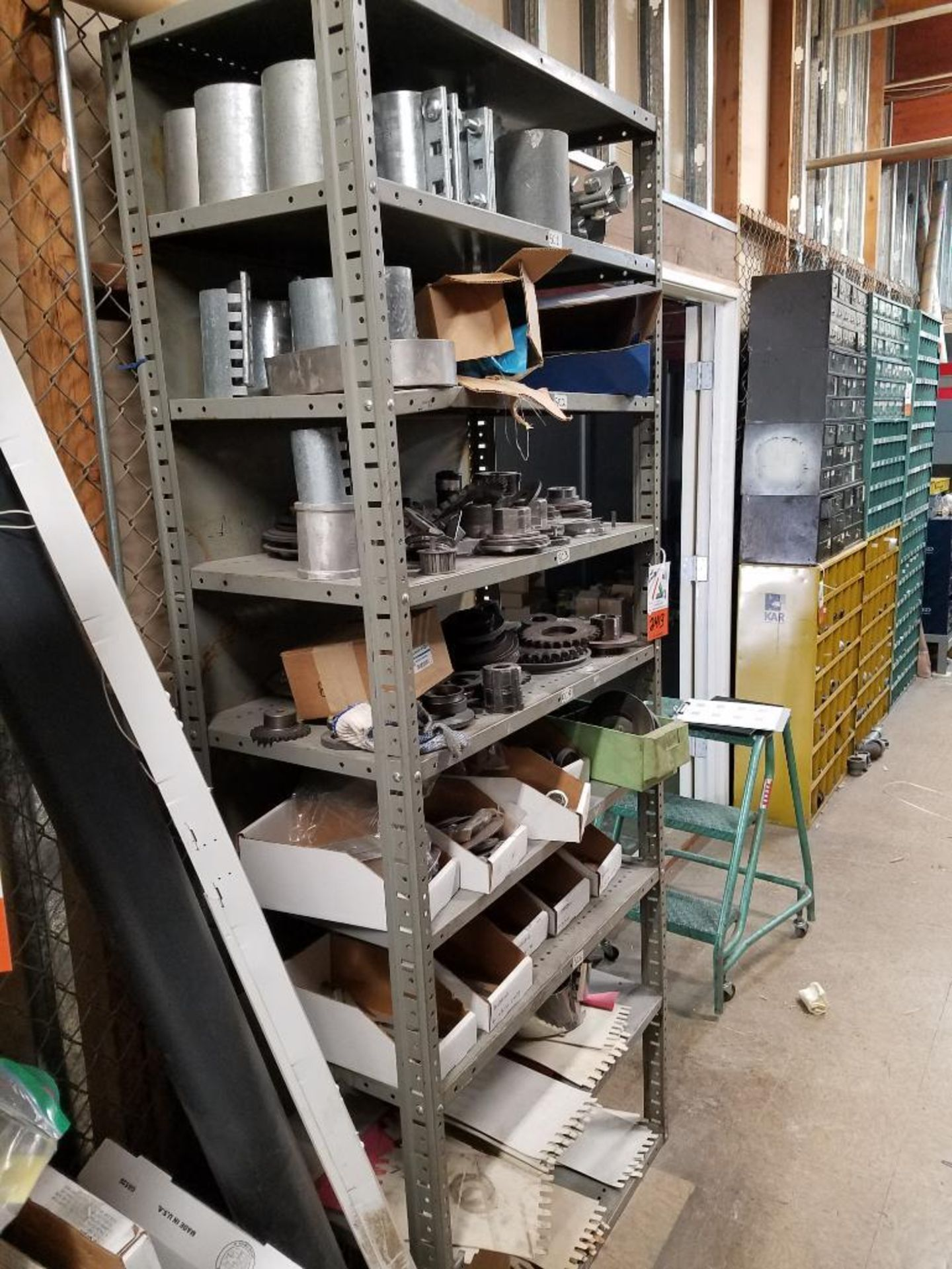 shelf, sprockets, gears, belts, and various parts - Image 2 of 5
