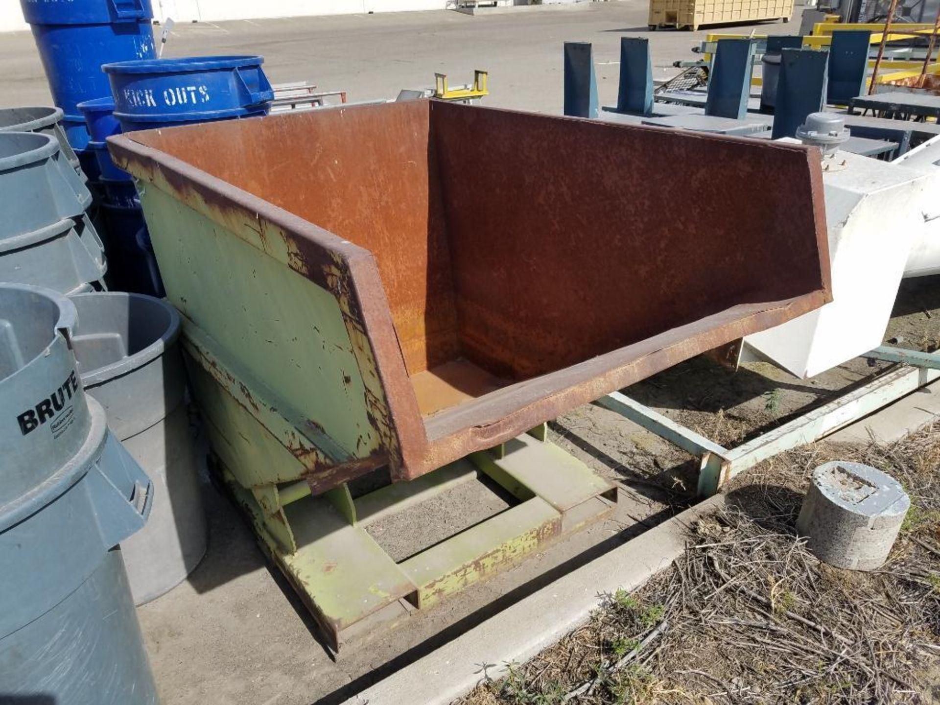Raylift tilt dump hopper - Image 2 of 2