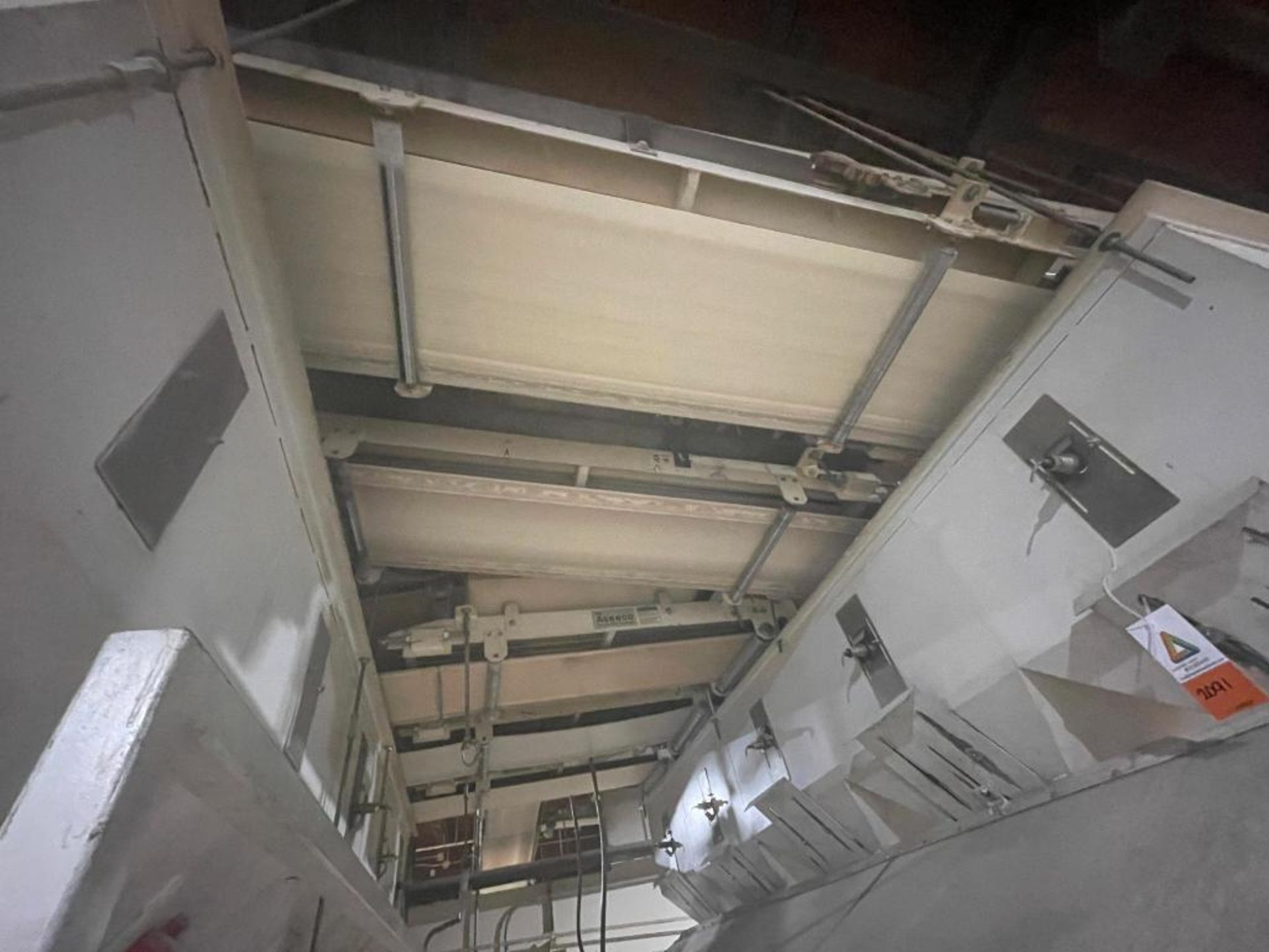 5 overhead conveyors, white rubber belt - Image 5 of 9