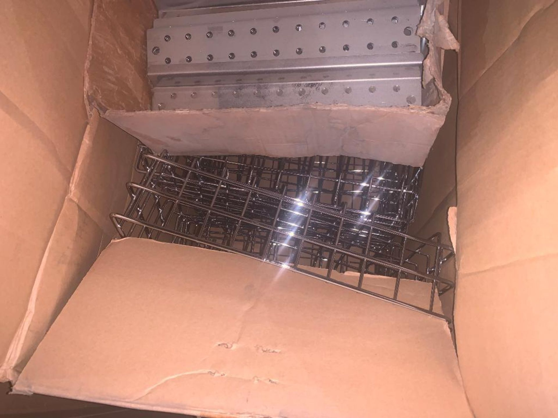 pallet of wire baskets and wire parts - Image 7 of 7