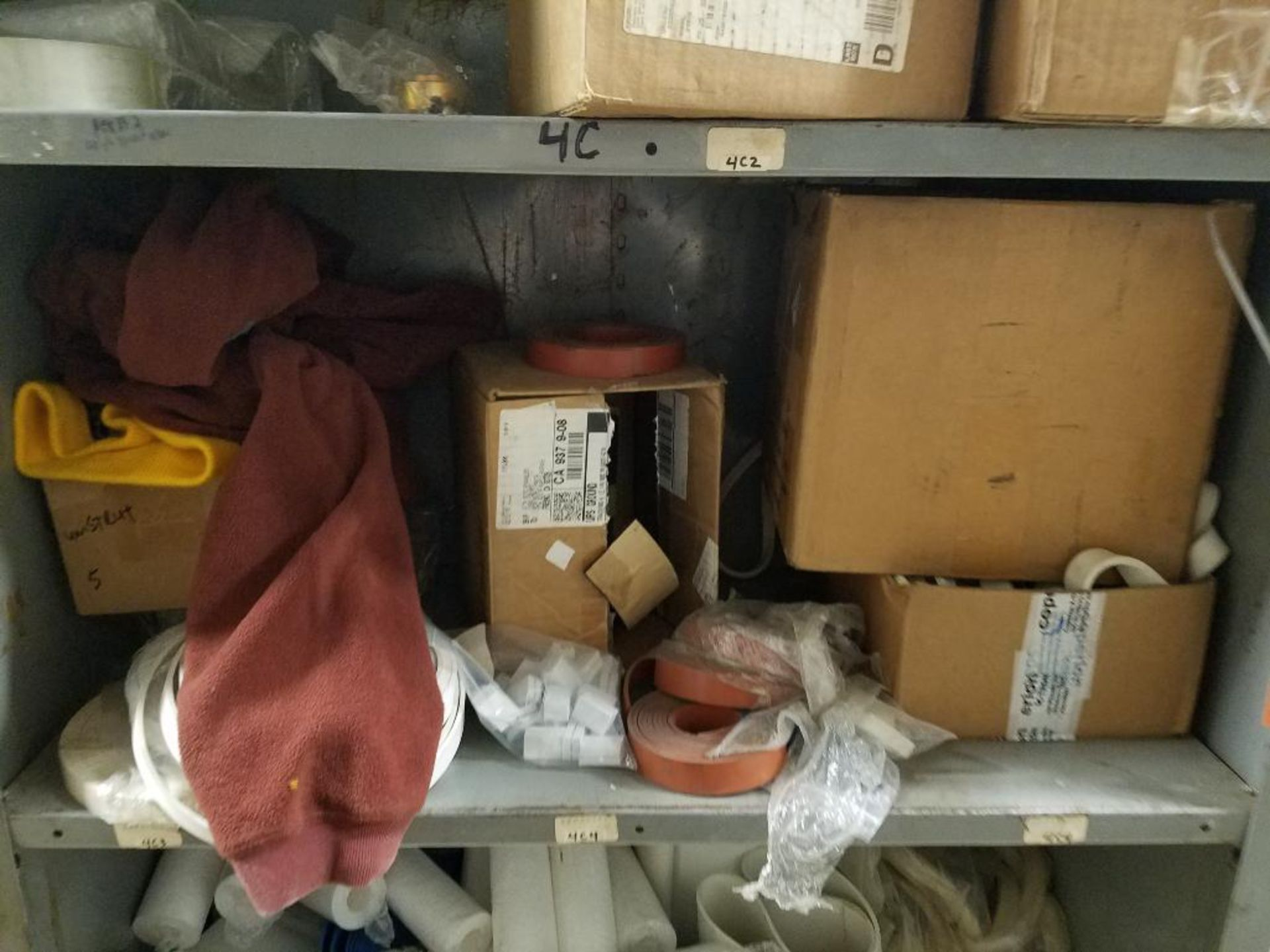 various replacement parts, conveyor belts, electrical components, gears and gauges - Image 19 of 21
