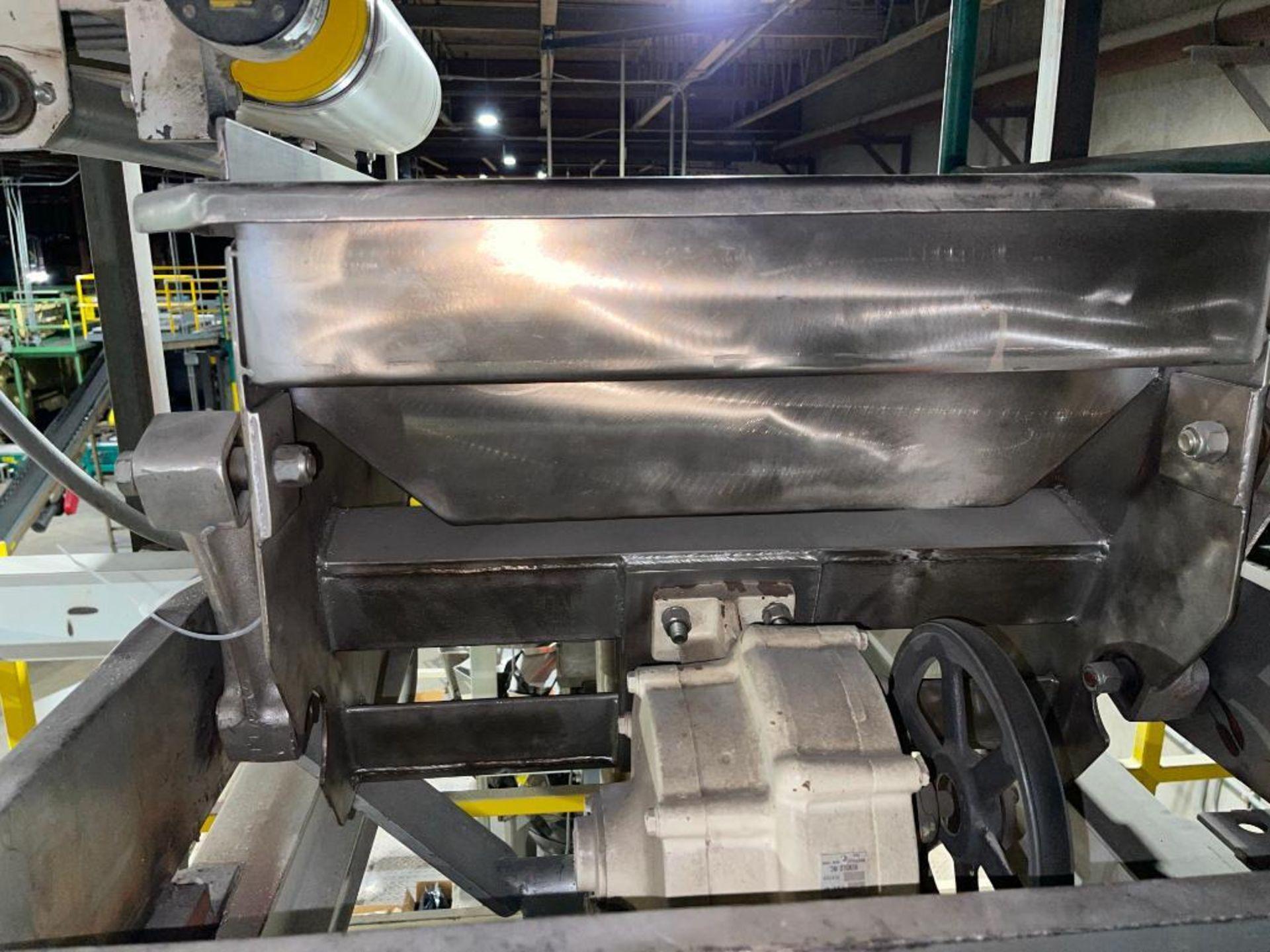 Eriez vibratory conveyor - Image 2 of 7