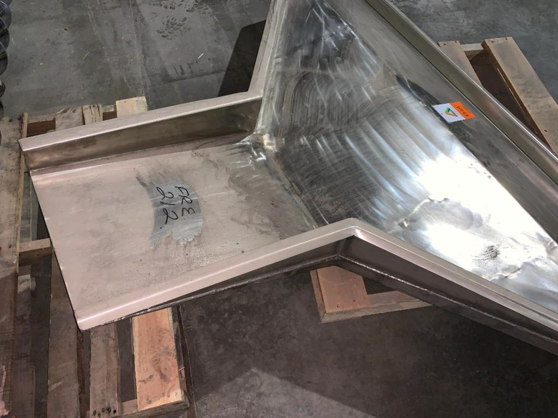stainless steel tray for vibratory feeder - Image 3 of 3