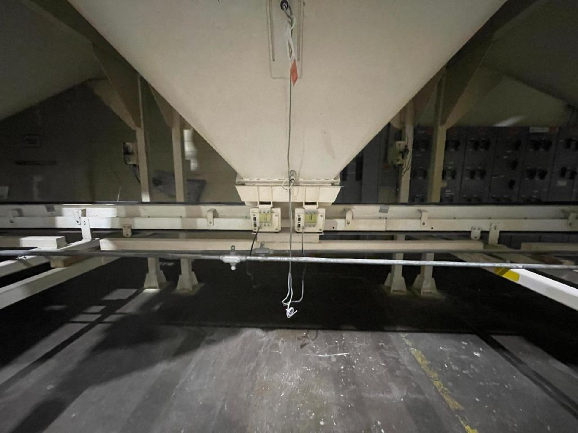 Aseeco mild steel cone bottom bulk storage bin - Image 7 of 28