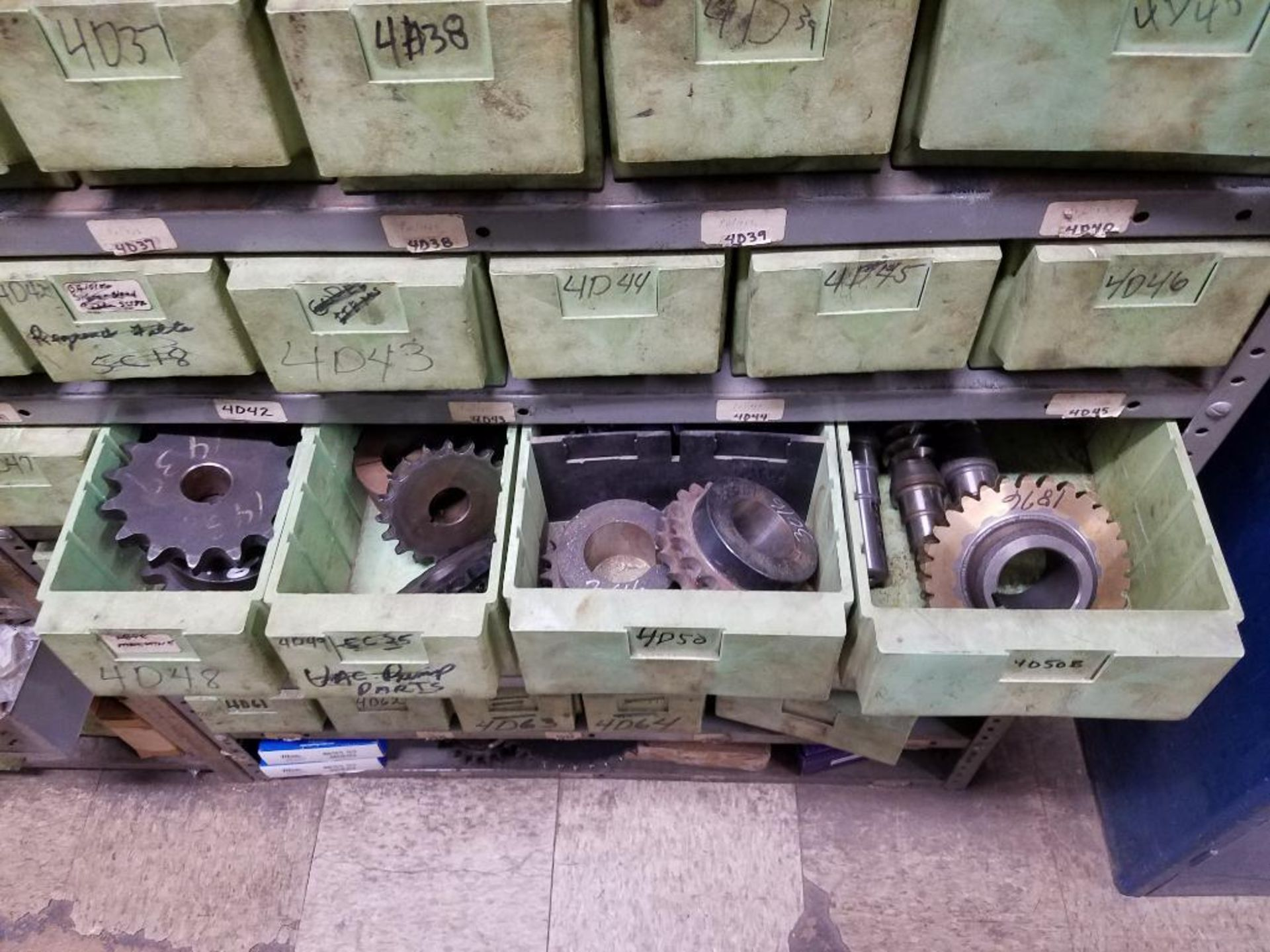 bushings, sheaves, links, chain, couplers, sprockets, and pulleys - Image 6 of 24