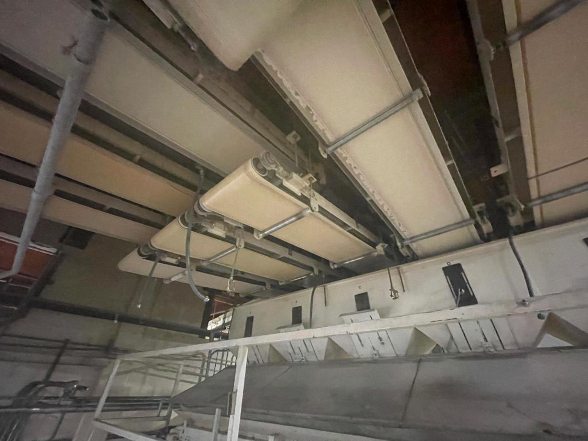 5 overhead conveyors, white rubber belt - Image 2 of 9