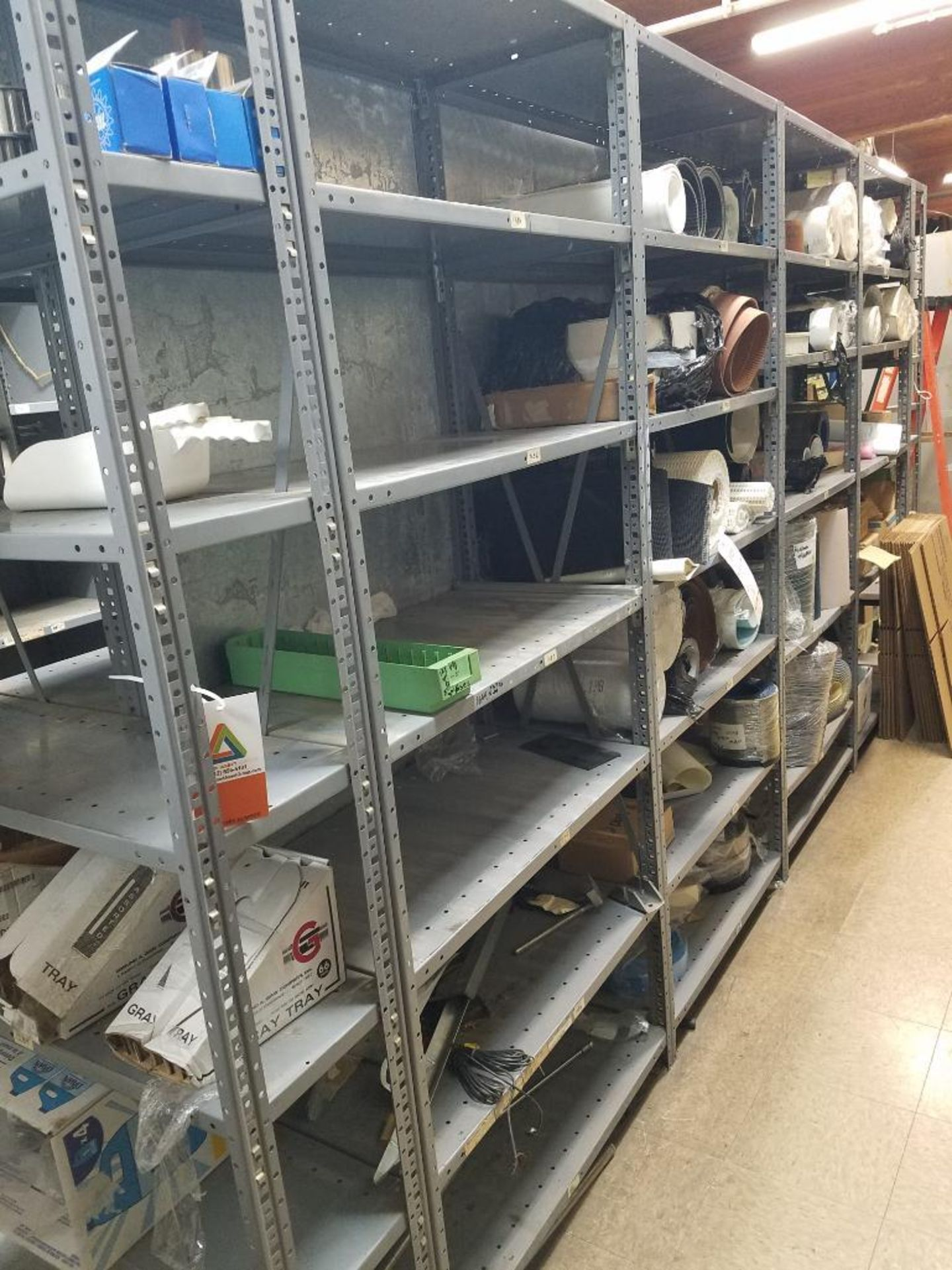 various conveyor belts, and replacement parts - Image 4 of 8