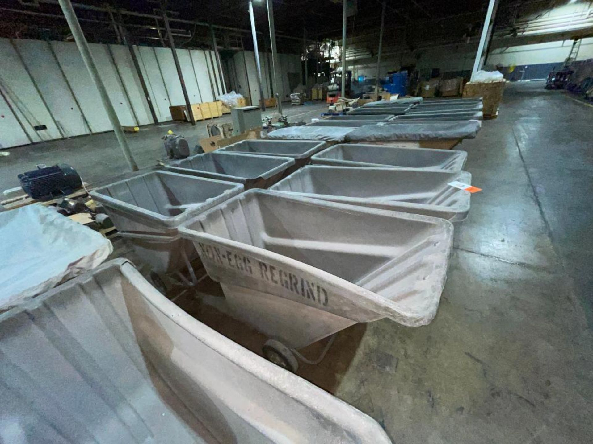 (6) Rubbermaid rolling dump carts - Image 2 of 5