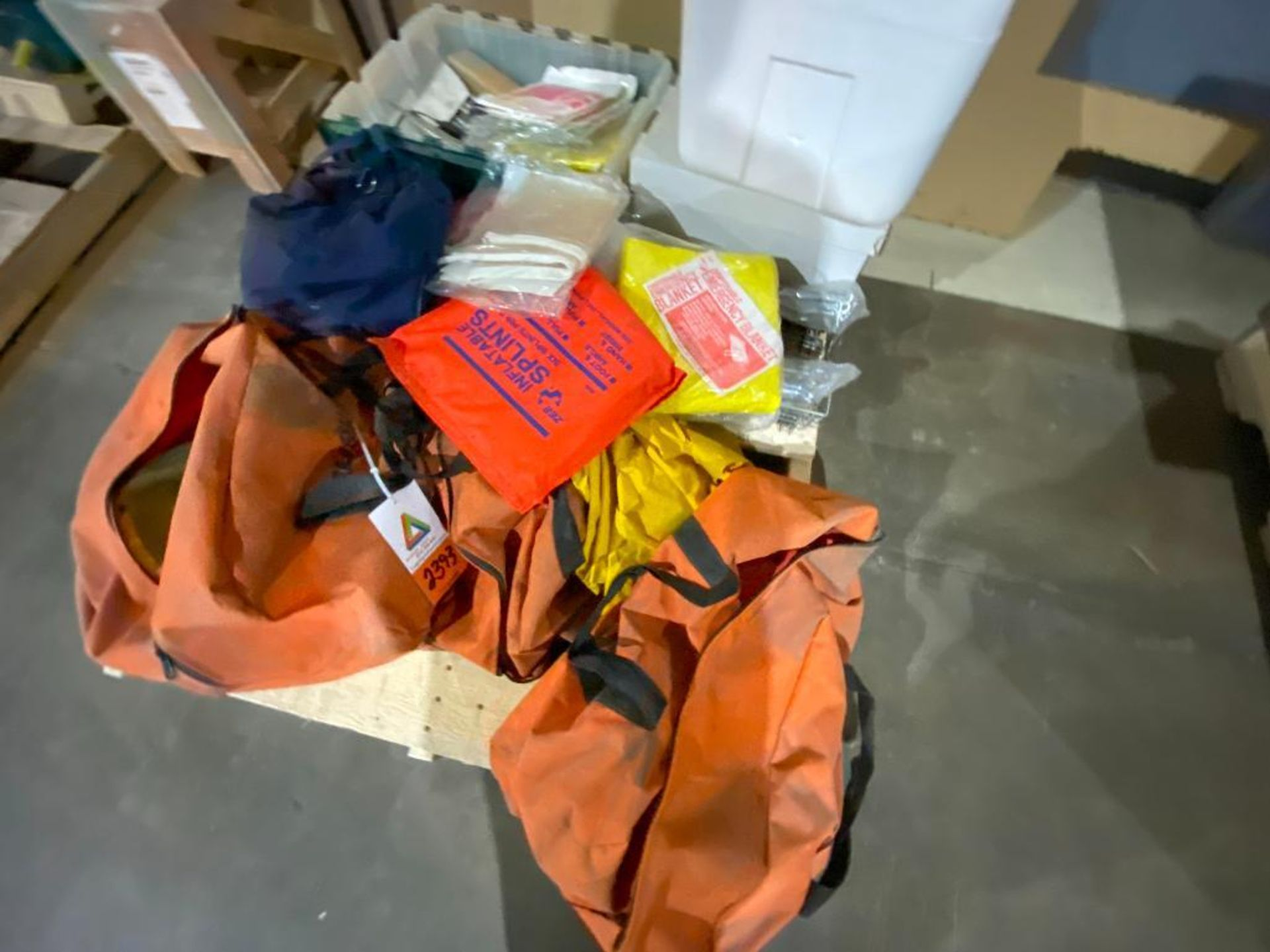 safety equipment - Image 5 of 6