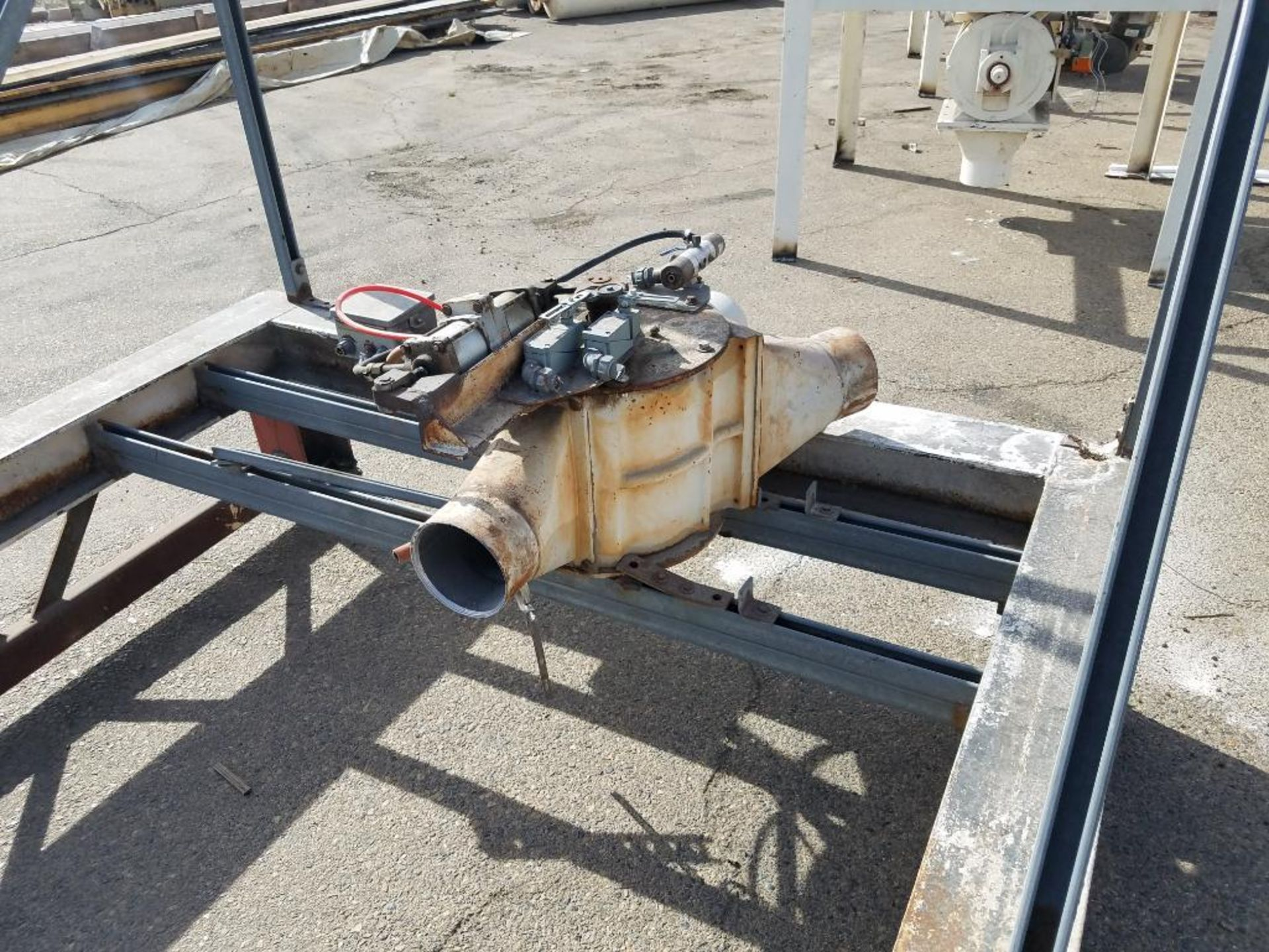 blower diverter with frame, aluminum mezzanine, steam washer, and Fallas cartoner - Image 3 of 13