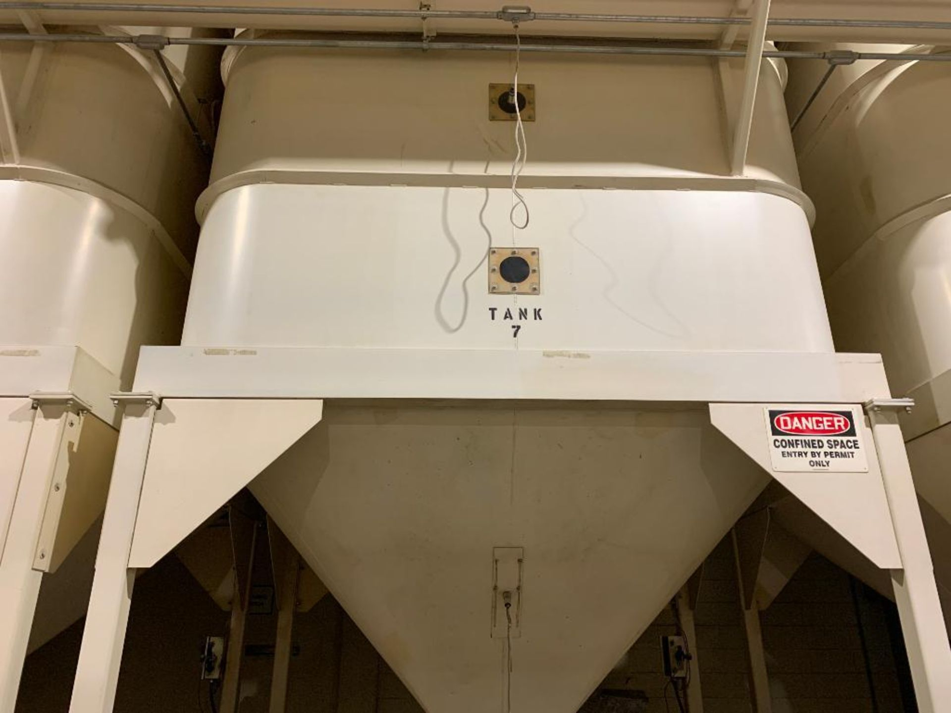 Aseeco mild steel cone bottom bulk storage bin - Image 2 of 23