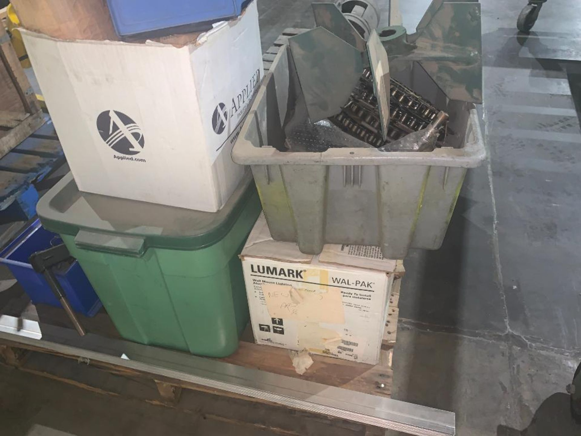 pallet of various parts - Image 8 of 9