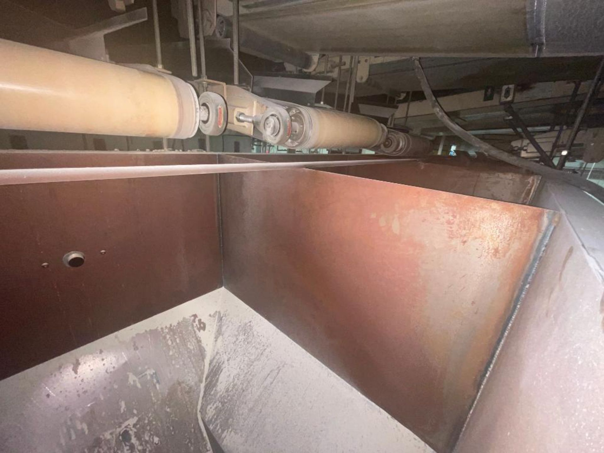 Aseeco 5-bin blending system with 5 Syntron vibratory feeders on bottom - Image 4 of 18
