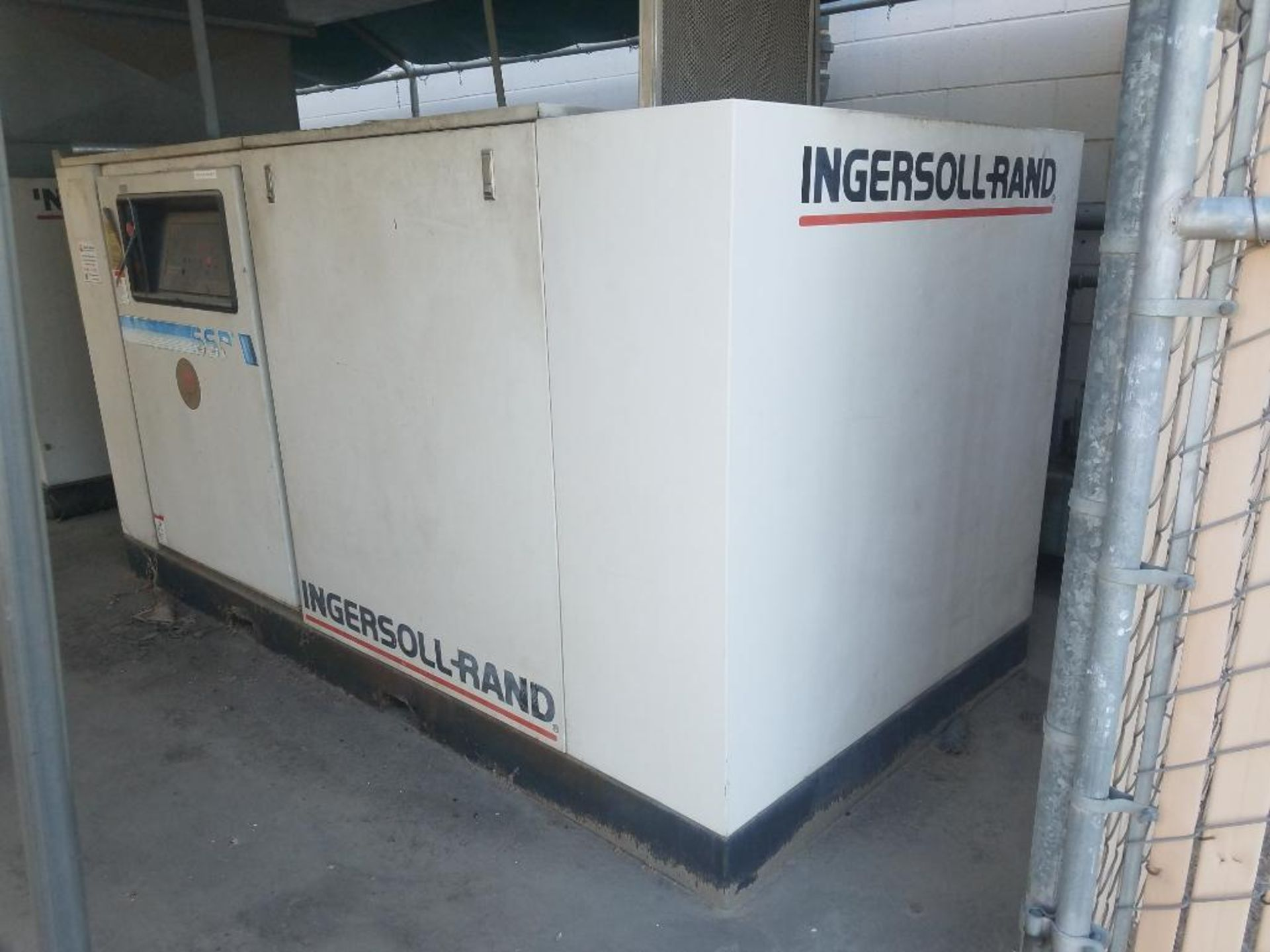 Ingersoll Rand rotary screw air compressor, 100 hp - Image 4 of 6
