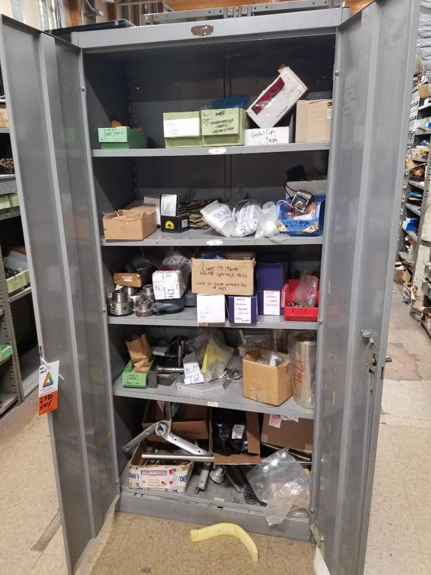 various replacement parts, conveyor belts, electrical components, gears and gauges - Image 3 of 21