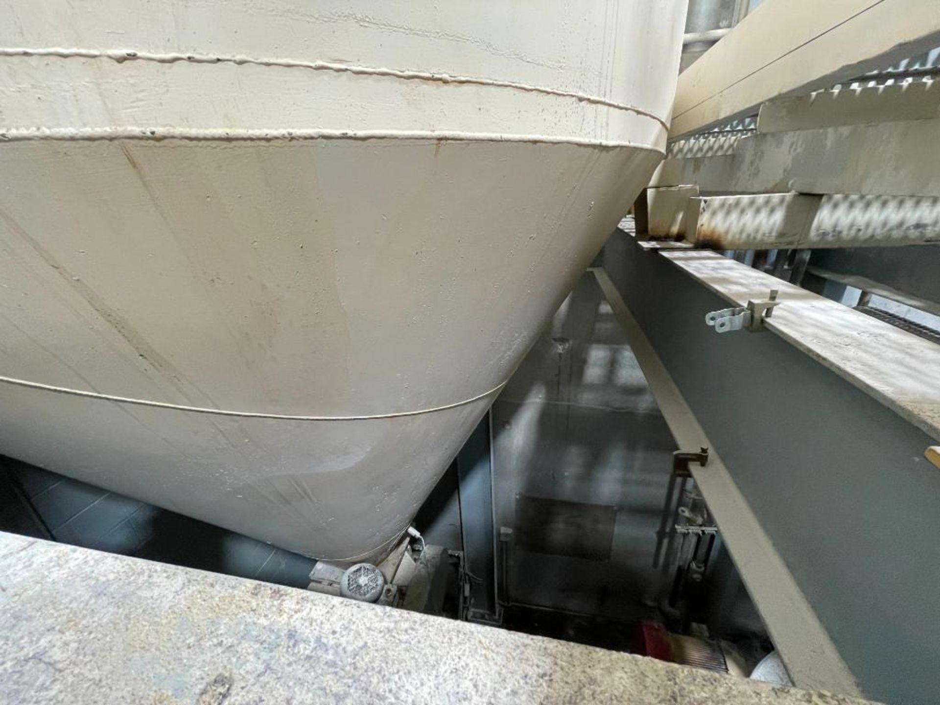 MAC mild steel cone bottom bin - Image 3 of 12