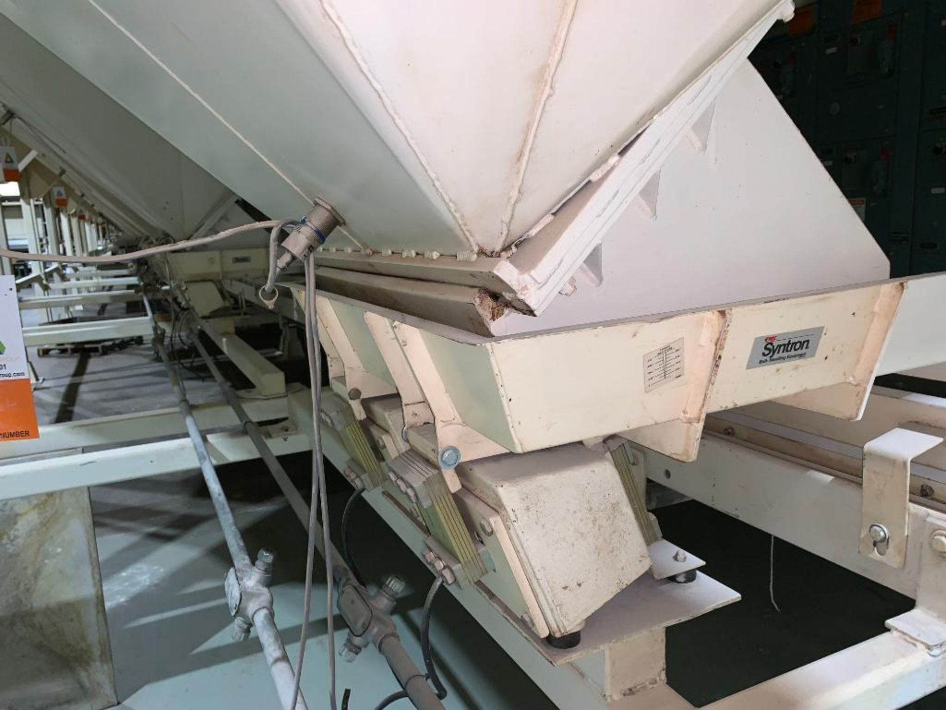 Aseeco mild steel cone bottom bulk storage bin - Image 10 of 16