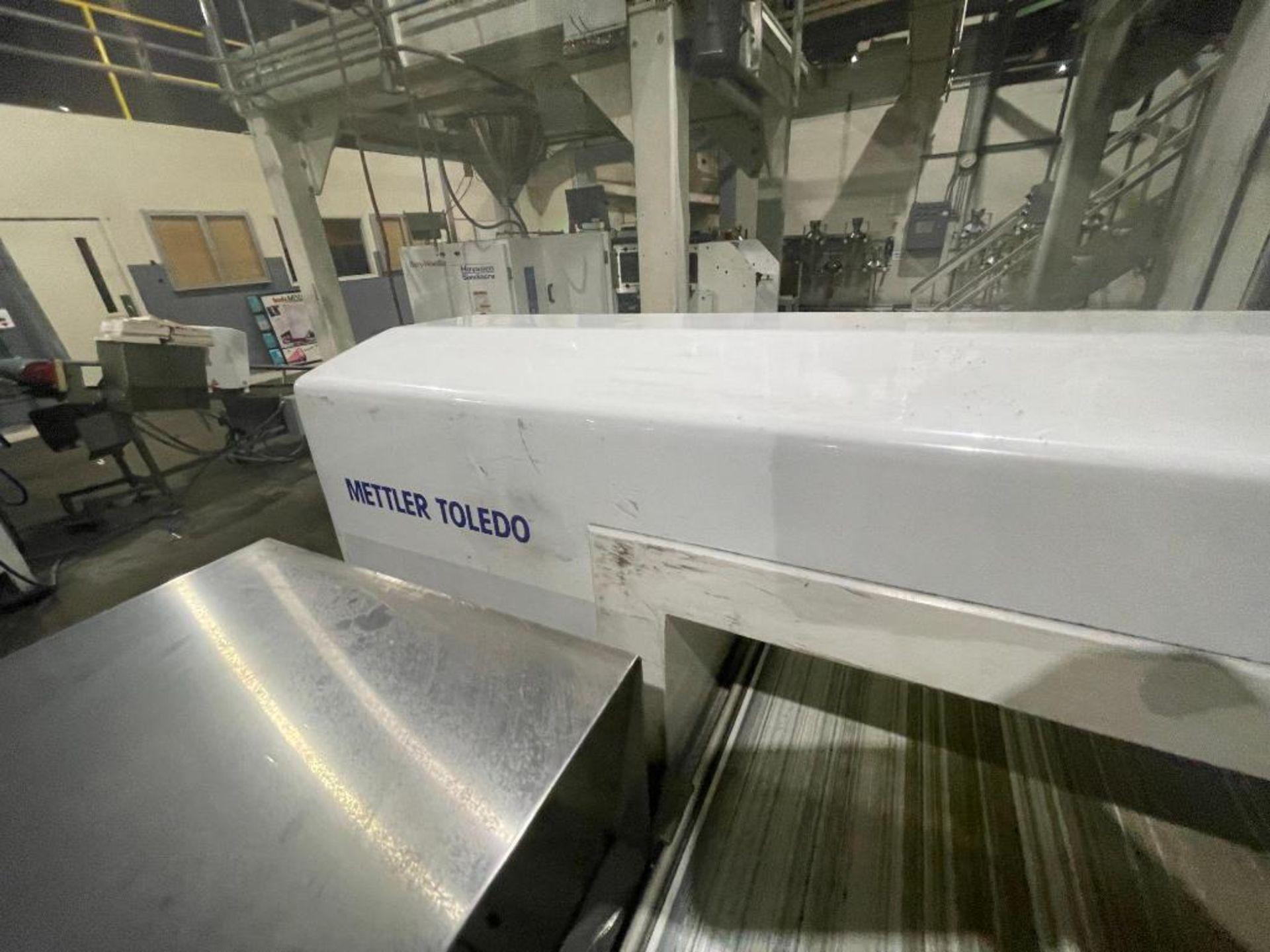 Mettler Toledo metal detector, model V4-1 - Image 7 of 10