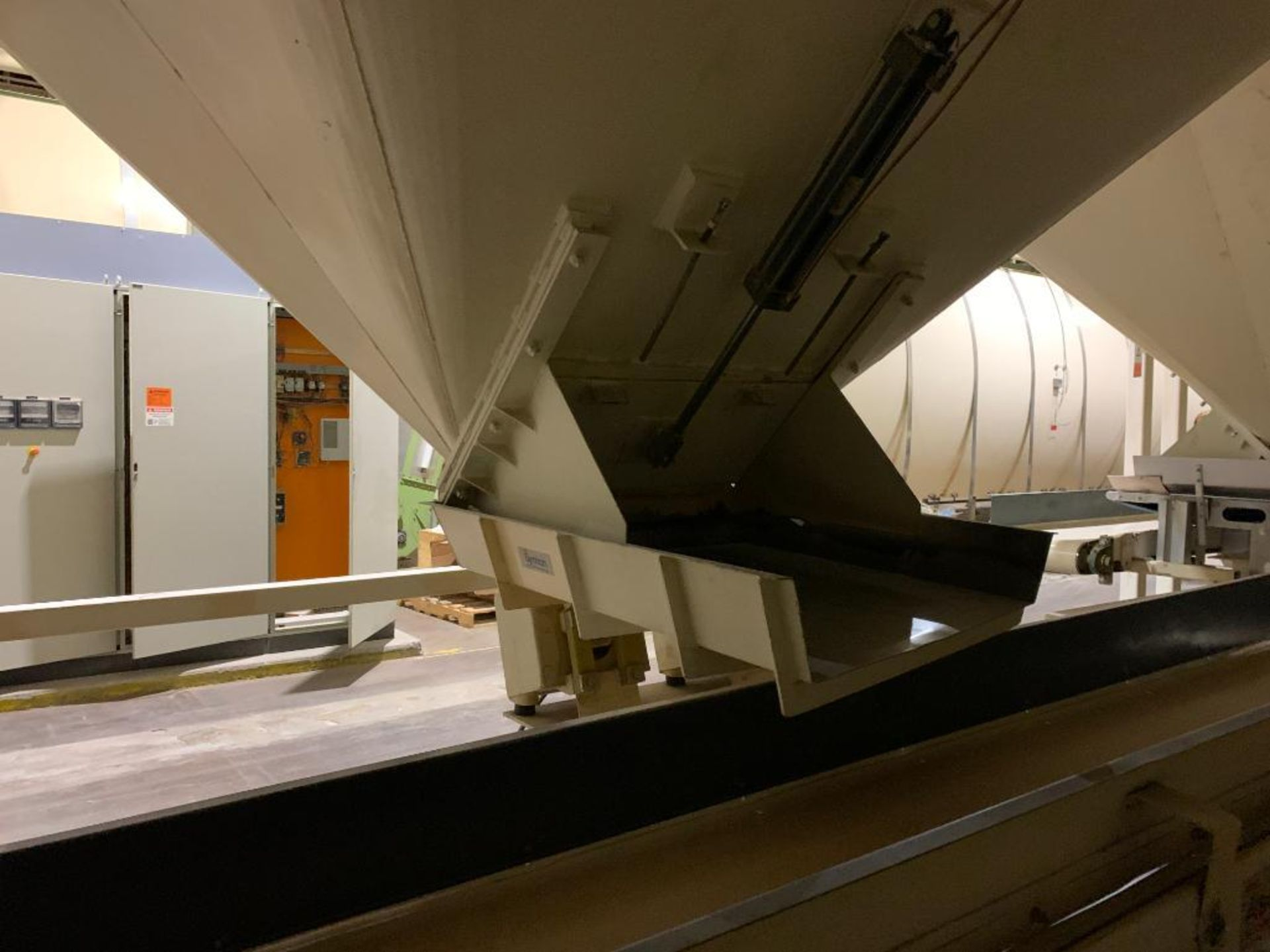 Aseeco mild steel cone bottom bulk storage bin - Image 20 of 27