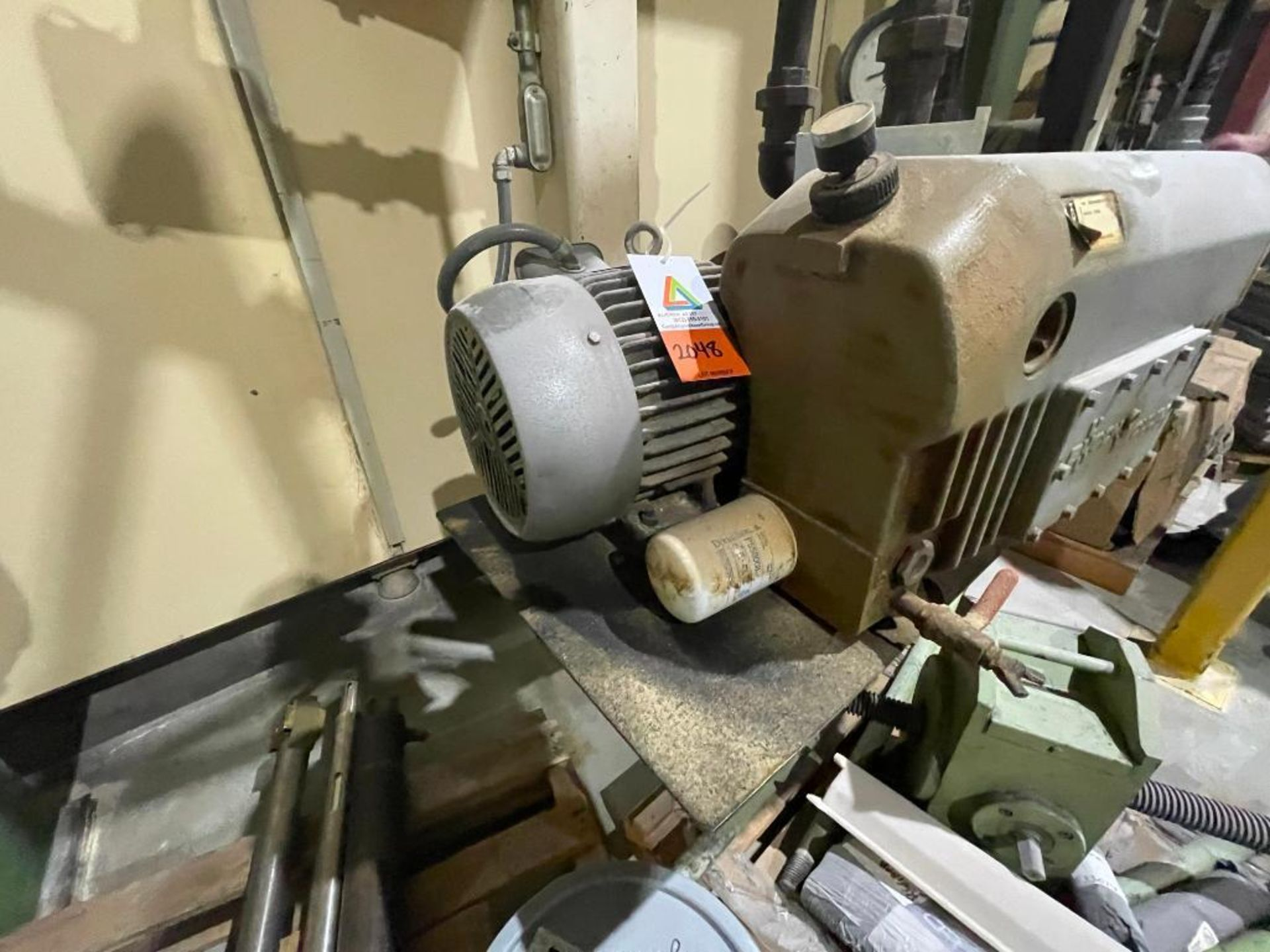 Busch single stage rotary vacuum pump - Image 13 of 14