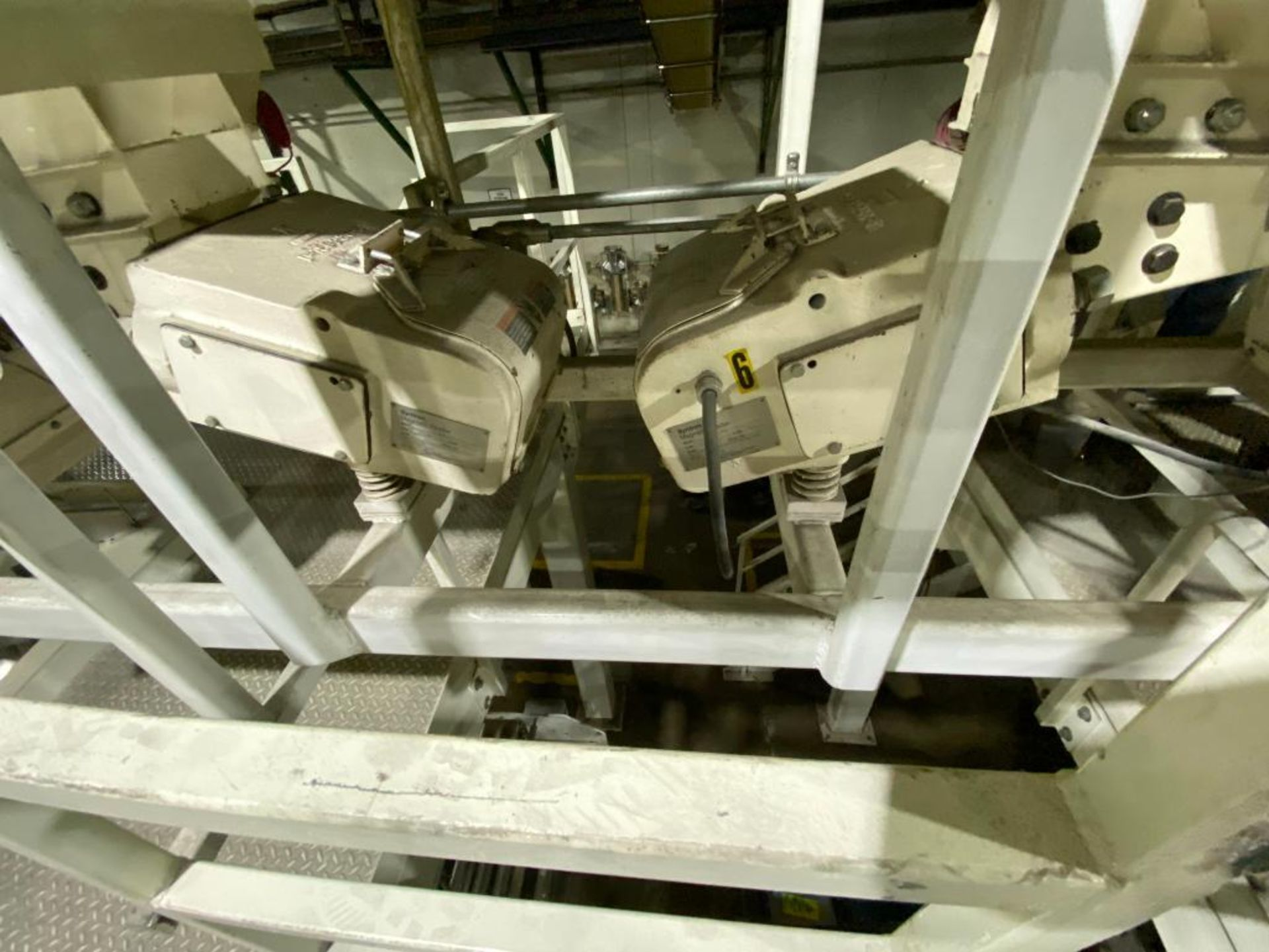 Aseeco bulk accumulation bin - Image 7 of 13