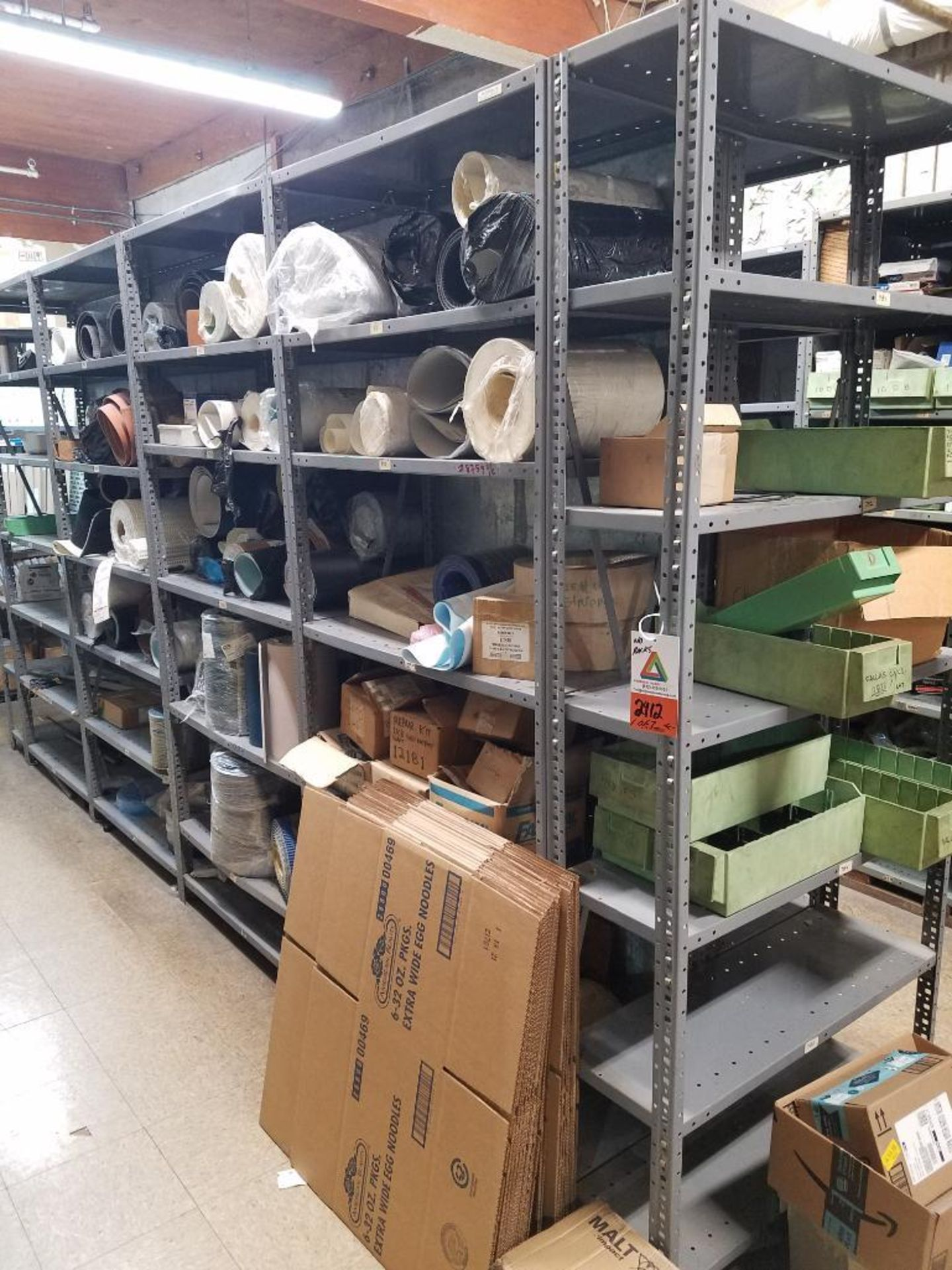 various conveyor belts, and replacement parts - Image 2 of 8