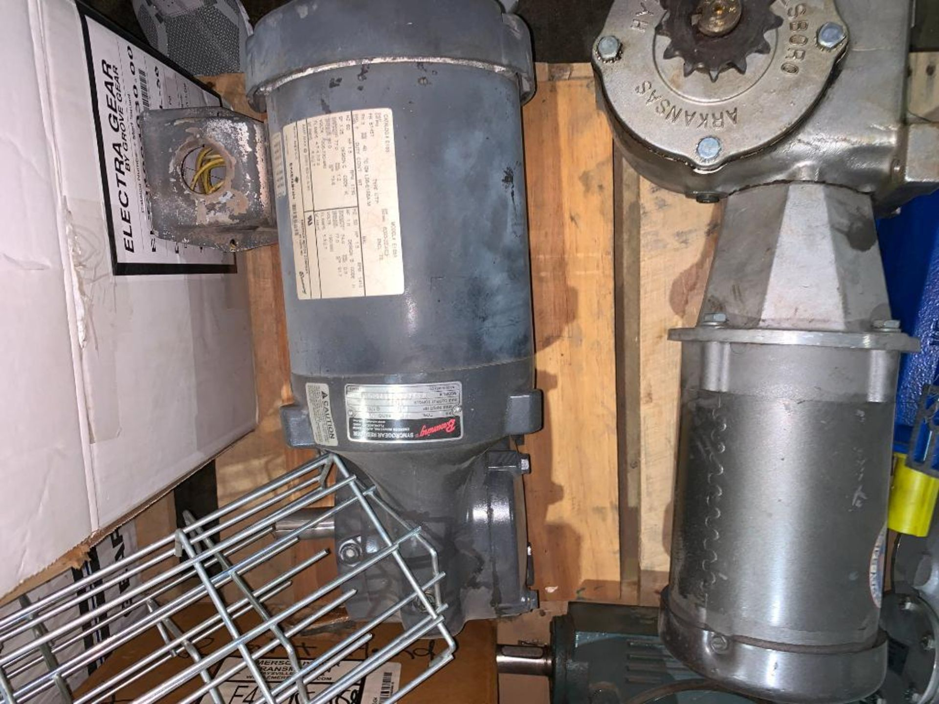 pallet of used motors and drives - Image 7 of 13