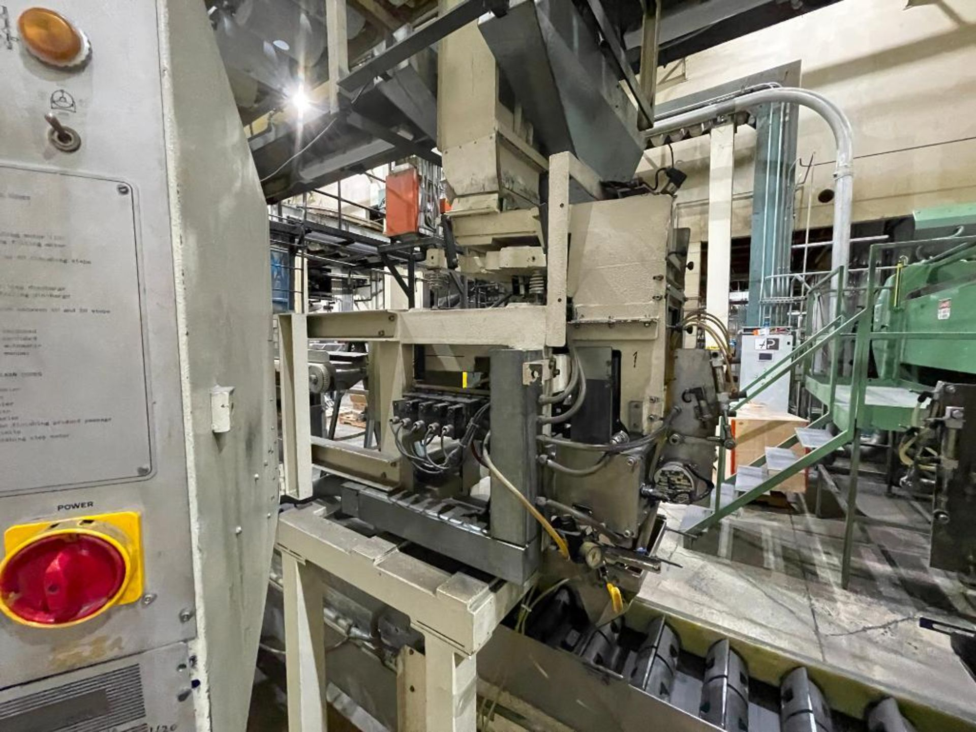 Hayes Machine Co. long goods cartoner, model 51BB - Image 14 of 64