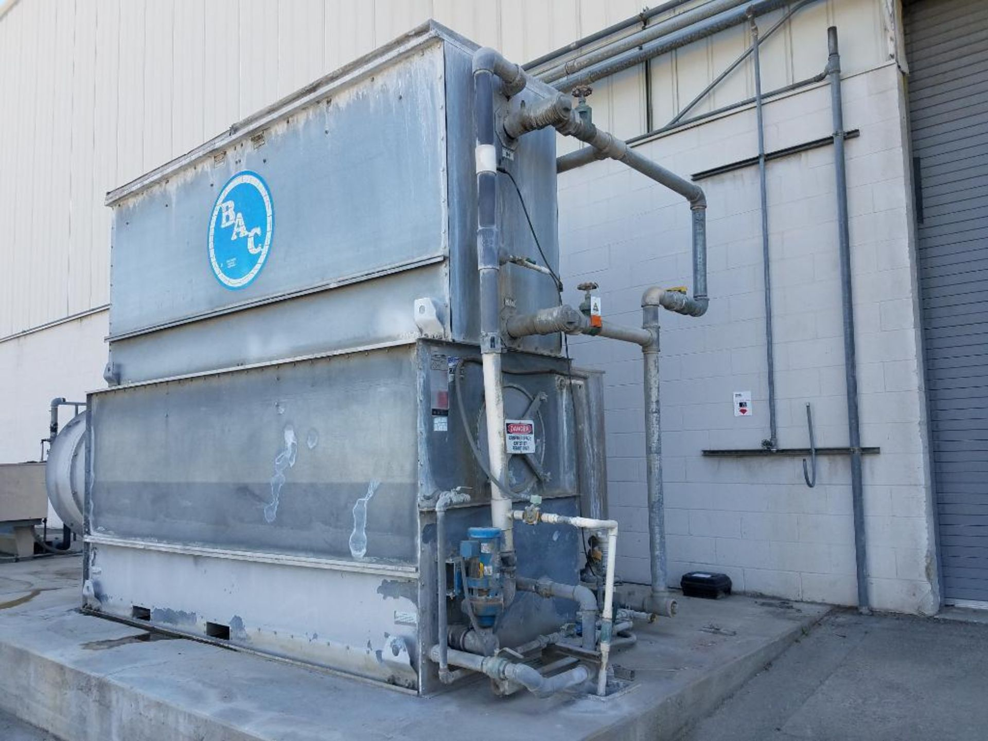 BAC falling film water chiller - Image 2 of 8