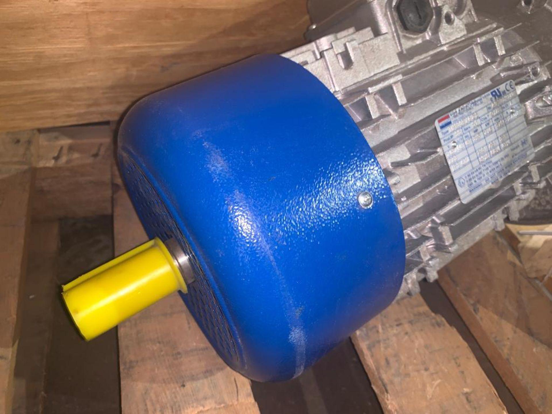 unused dual shaft motor - Image 3 of 4