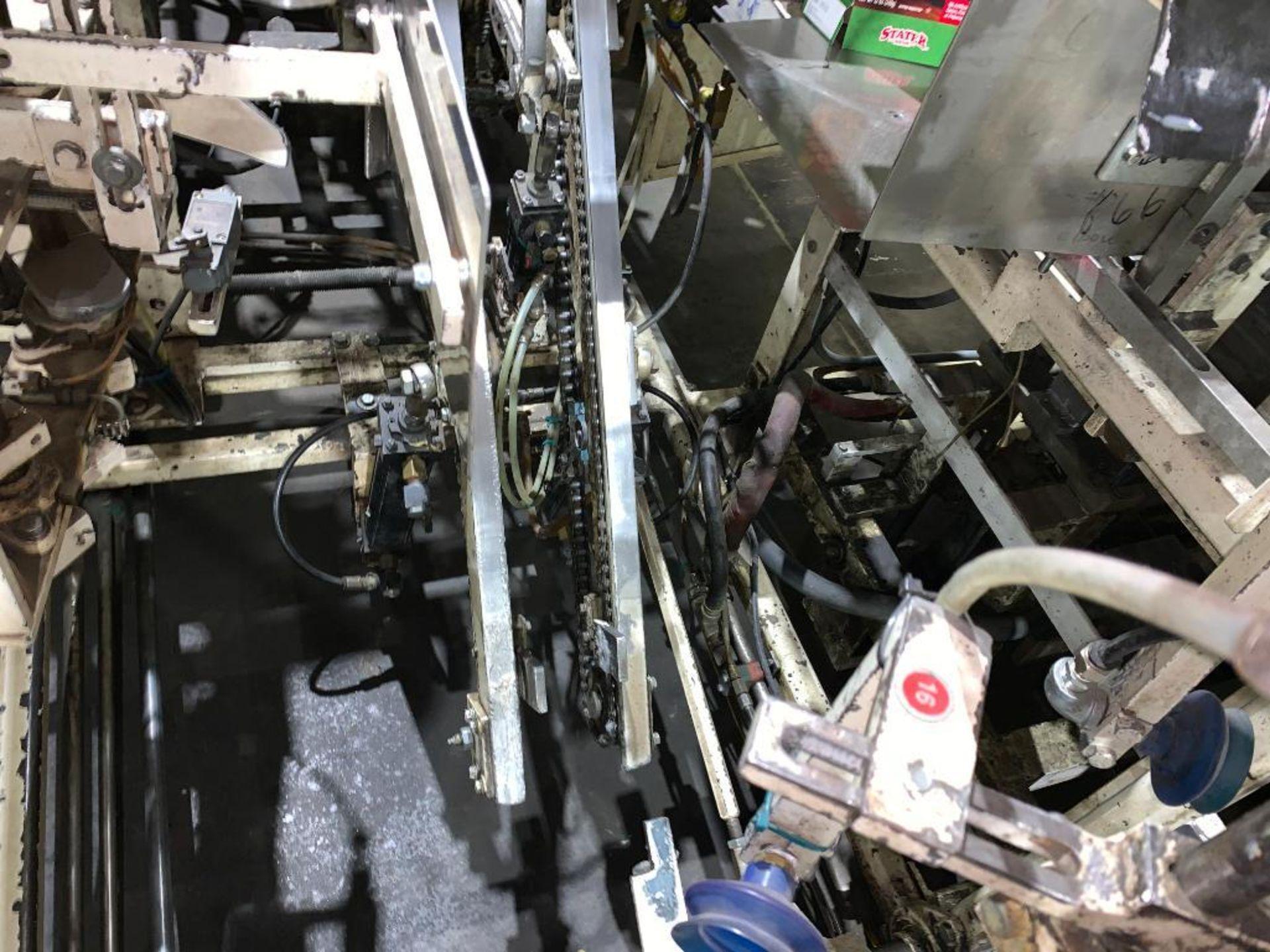 Salwasser case erector and case packer, model L41 - Image 14 of 45