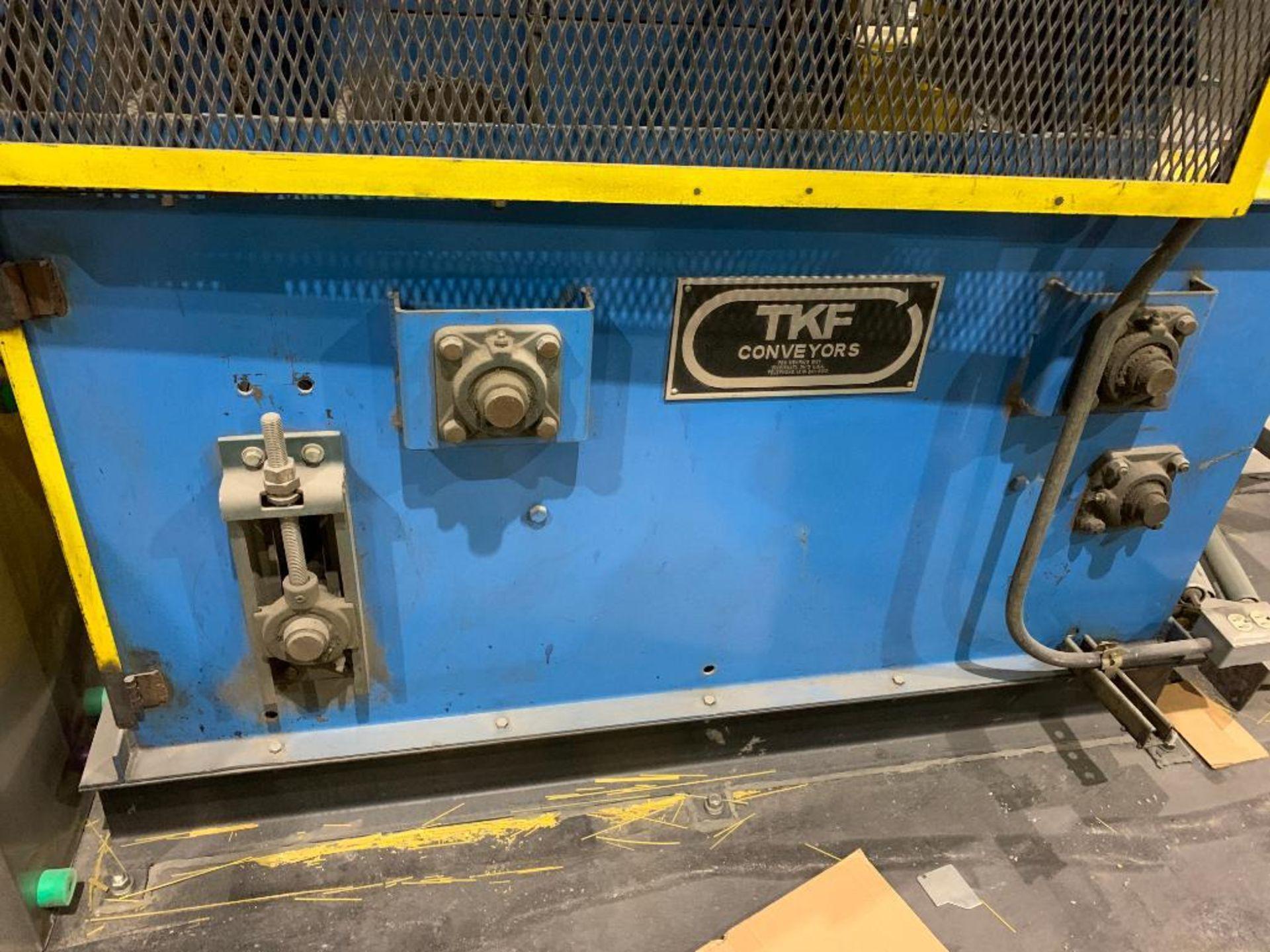 TKF vertical case elevator - Image 2 of 13