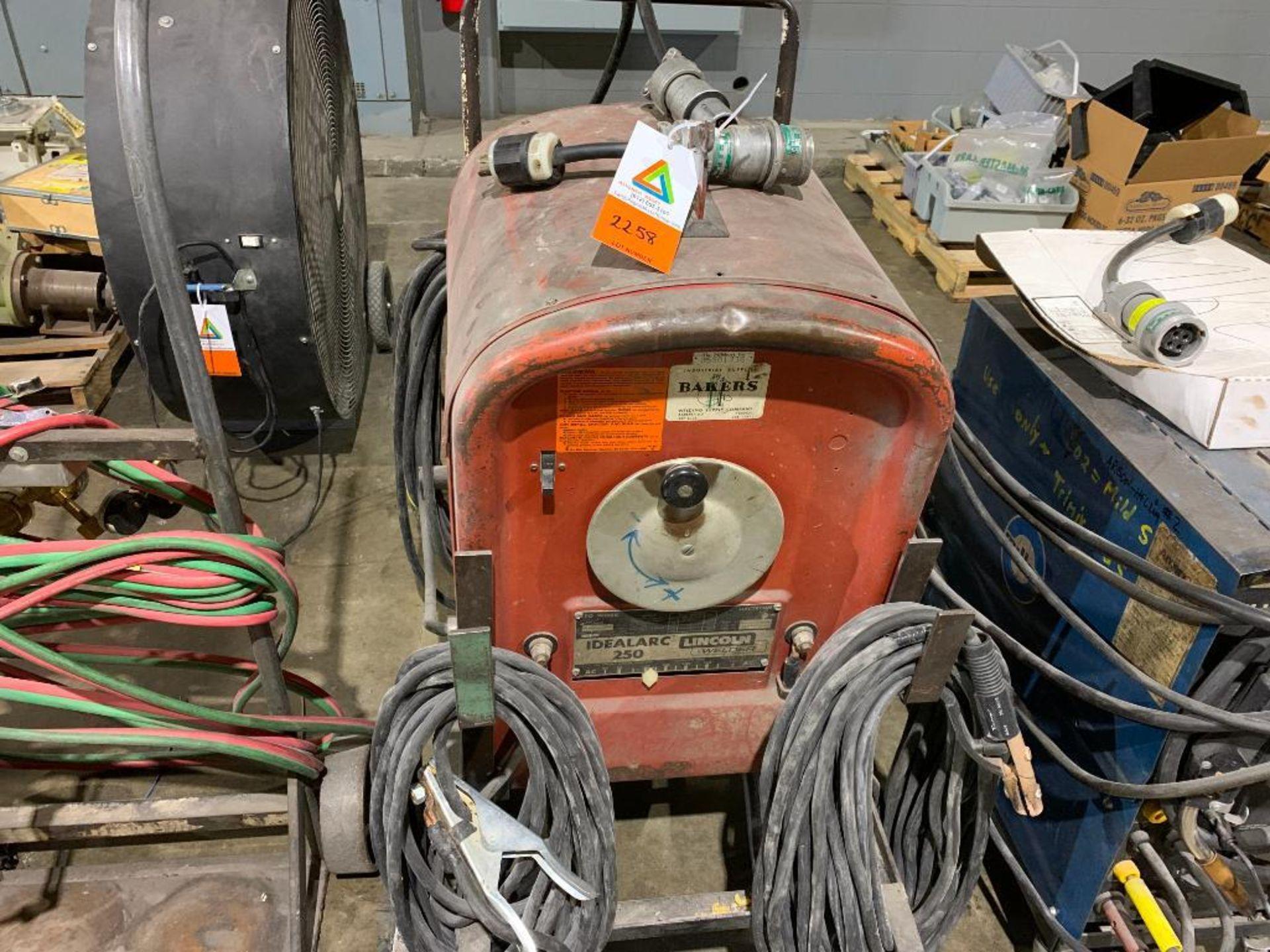 Lincoln Idealarc 250 stick welder